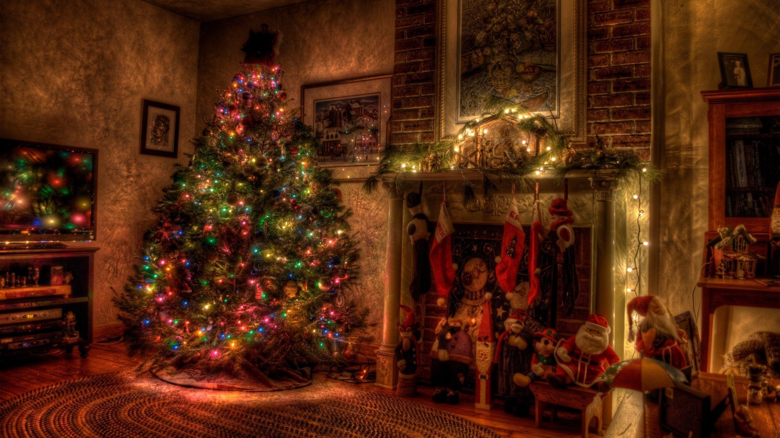 Res: 2560x1440,  Wallpaper tree, christmas, holiday, garland, fireplace, toys,  stockings