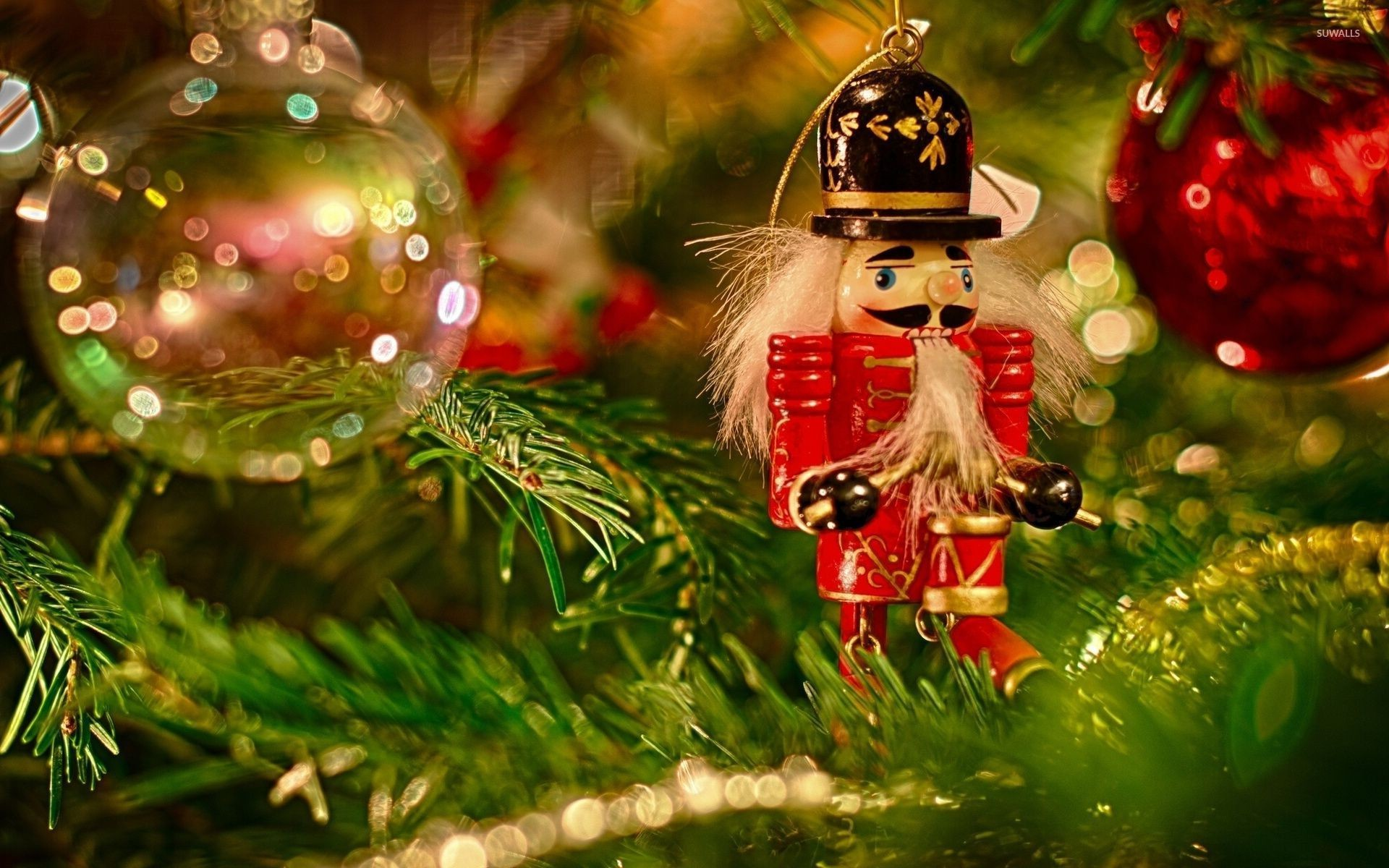 Res: 1920x1200, Wooden soldier in the Christmas tree wallpaper
