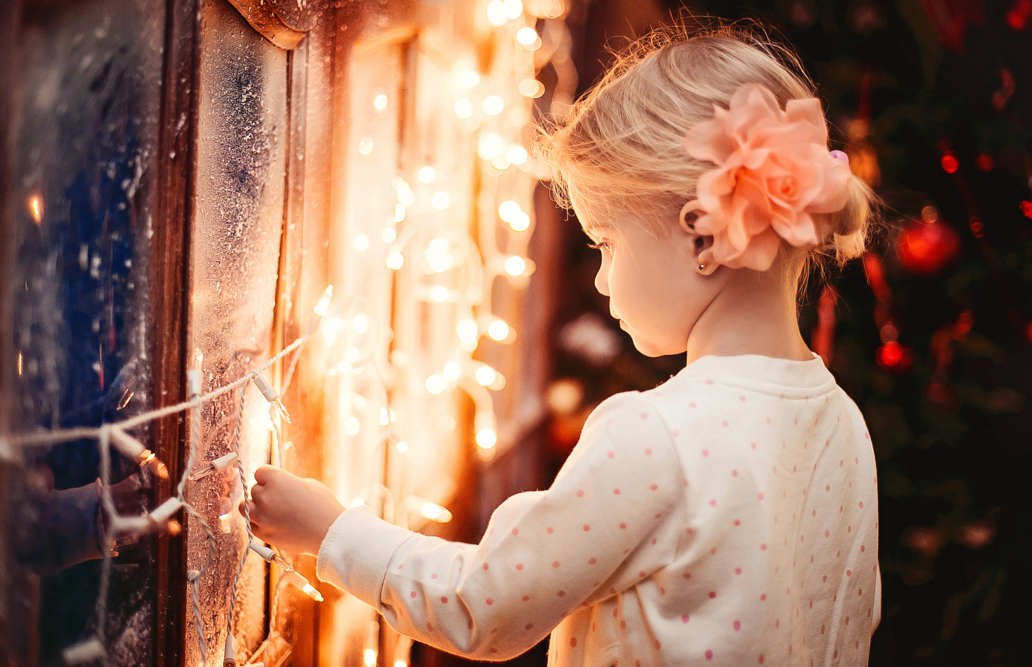 Res: 2048x1323, girl, garland, child, frost, winter, lights, new year, christmas