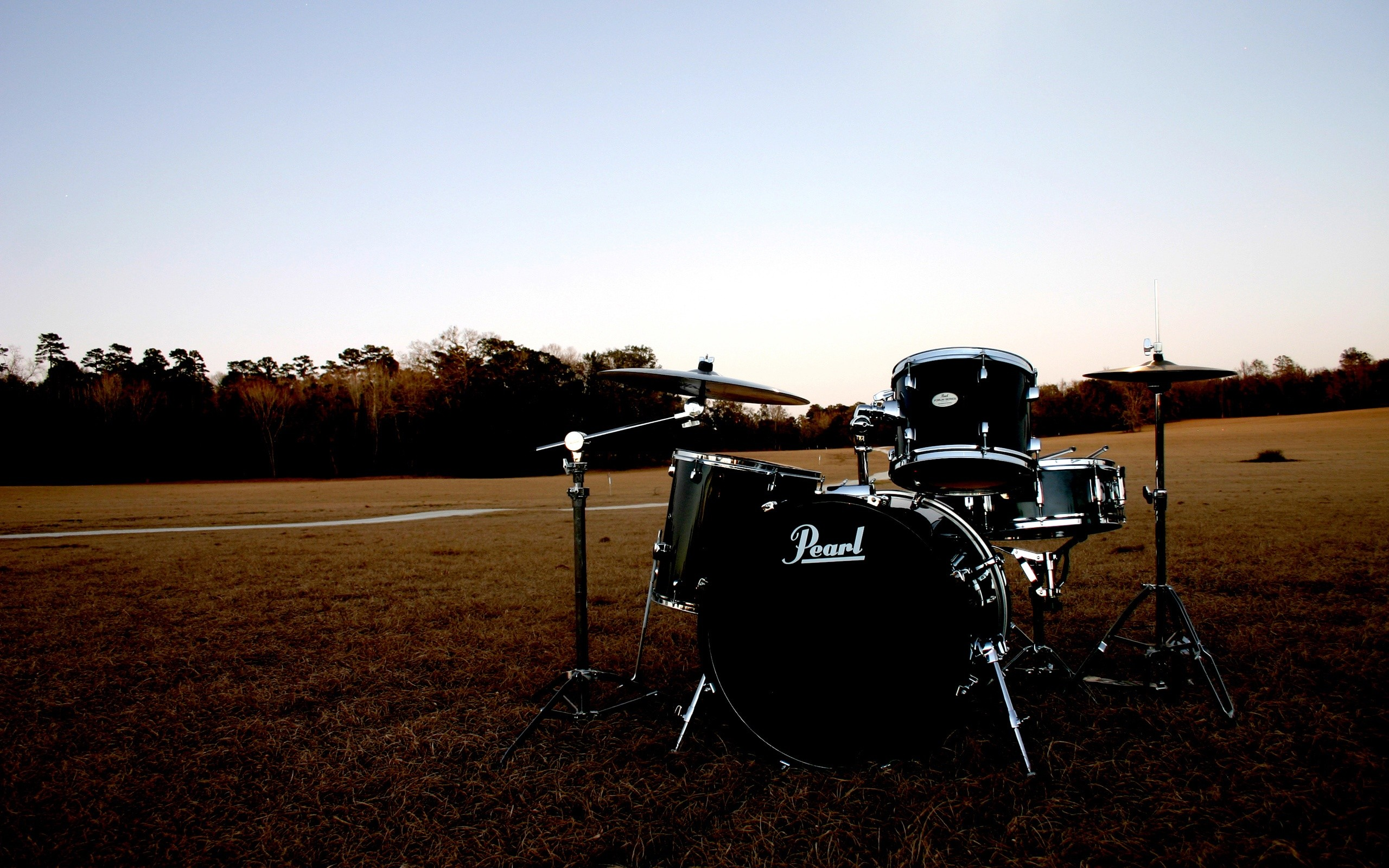 Res: 2560x1600, Music - Drums Wallpaper
