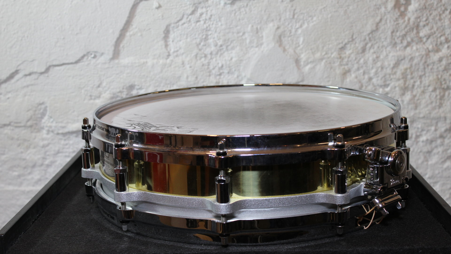 "Res: 1920x1080, Pearl Free Floating System Snare Drum Brass Shell 14""x3,5"""