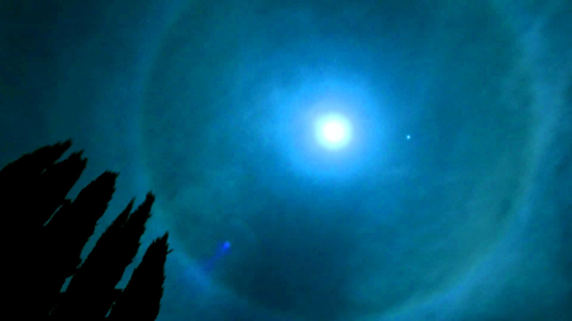 Res: 1920x1080, Halo Around the Moon Time-Lapse from my BackYard in HD - Ring Around the  Moon - Moon Halo - YouTube