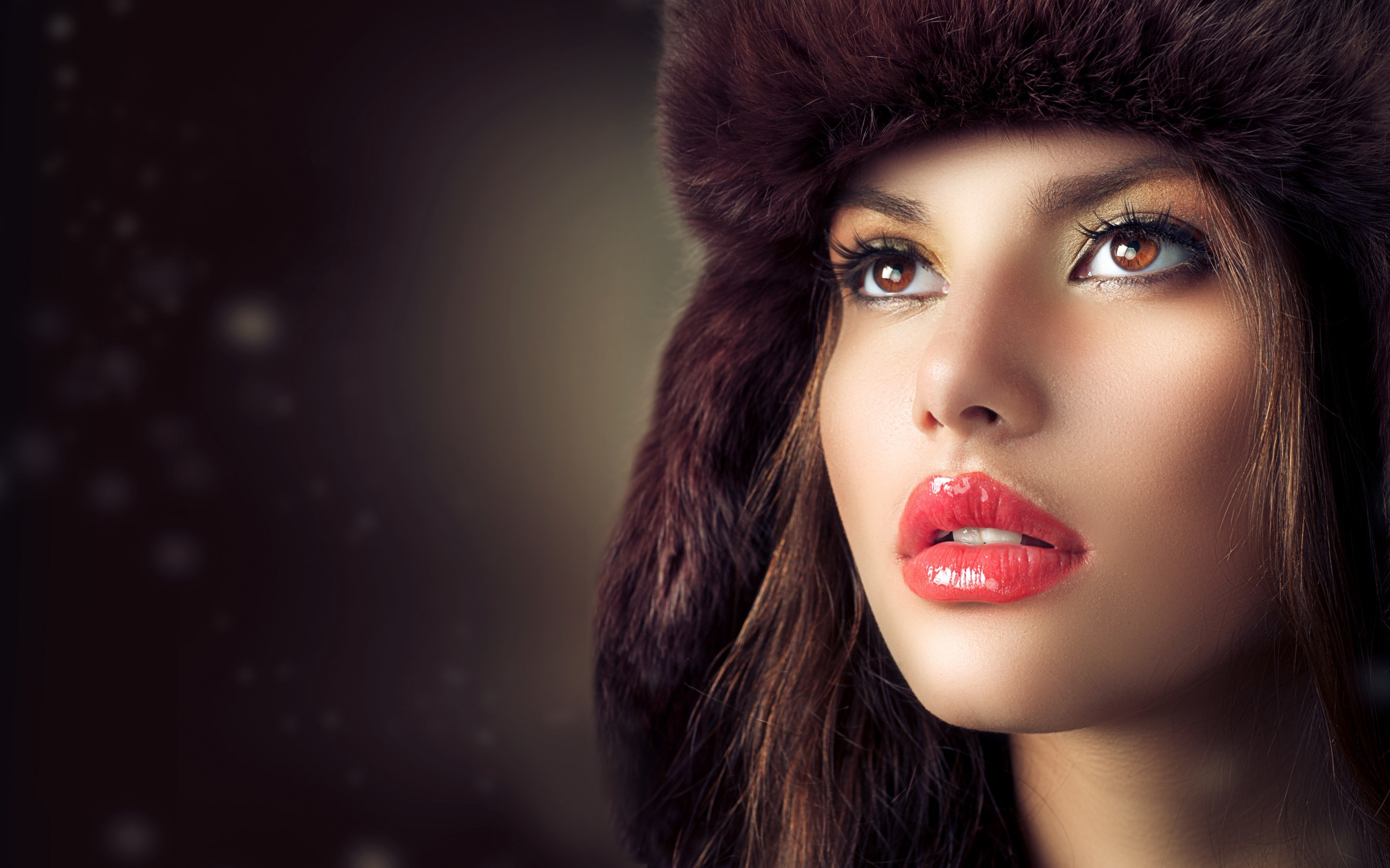 Res: 2880x1800, Beauty Fashion Model Girl With Hat HD Wallpaper