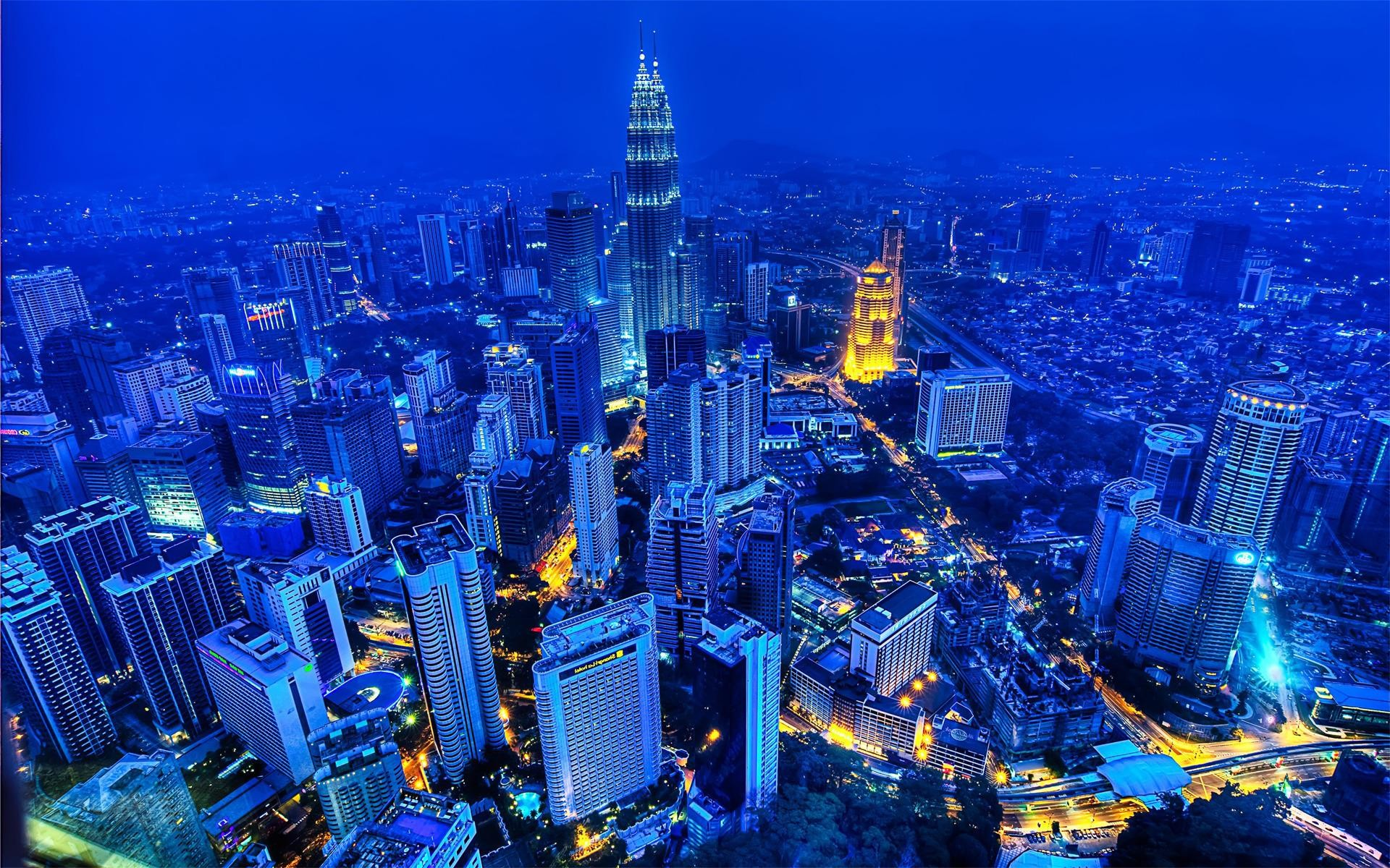Res: 1920x1200, Petronas Towers City View Wallpaper