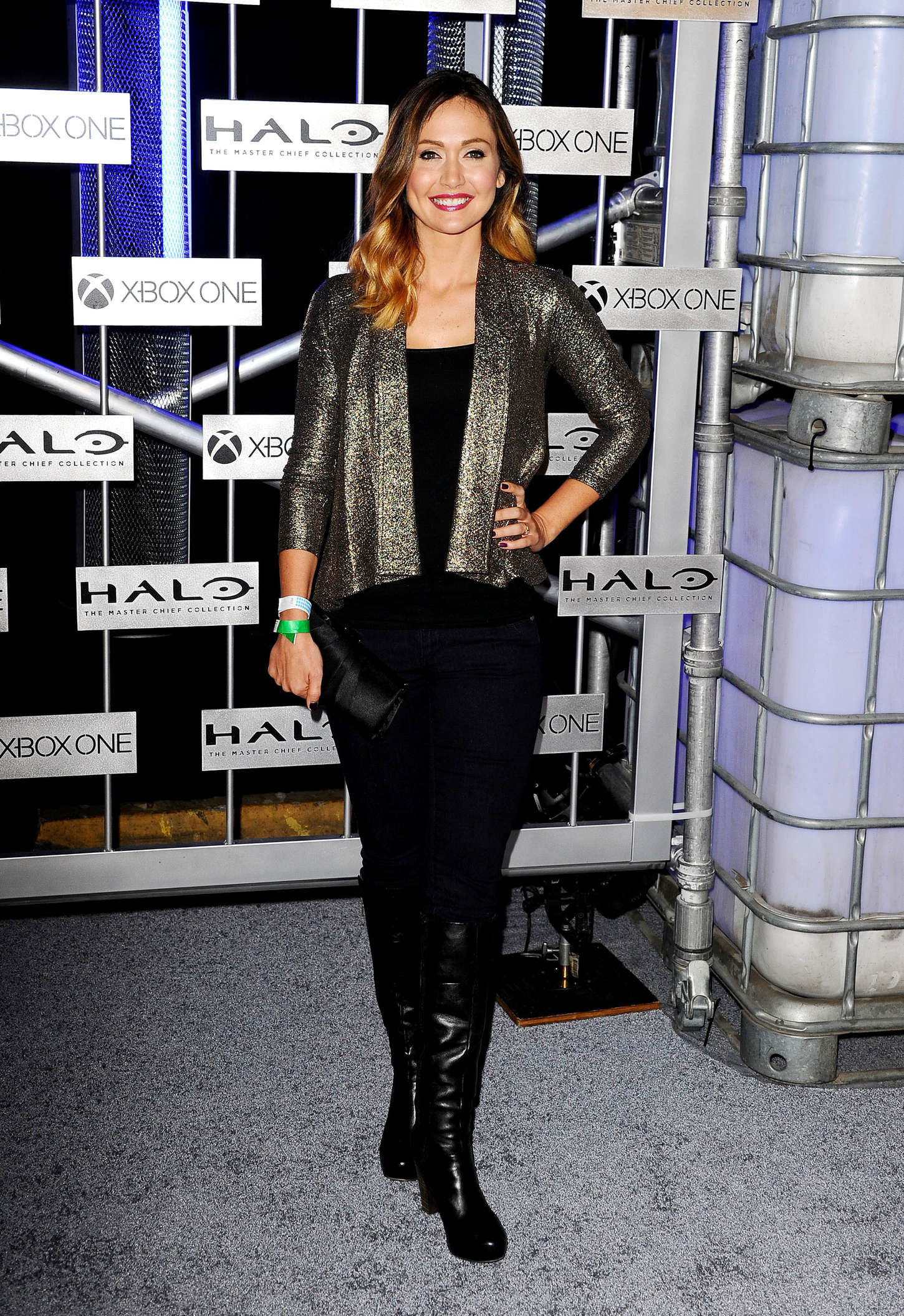 Res: 1450x2111, Jessica Chobot at HaloFest Halo The Master Chief
