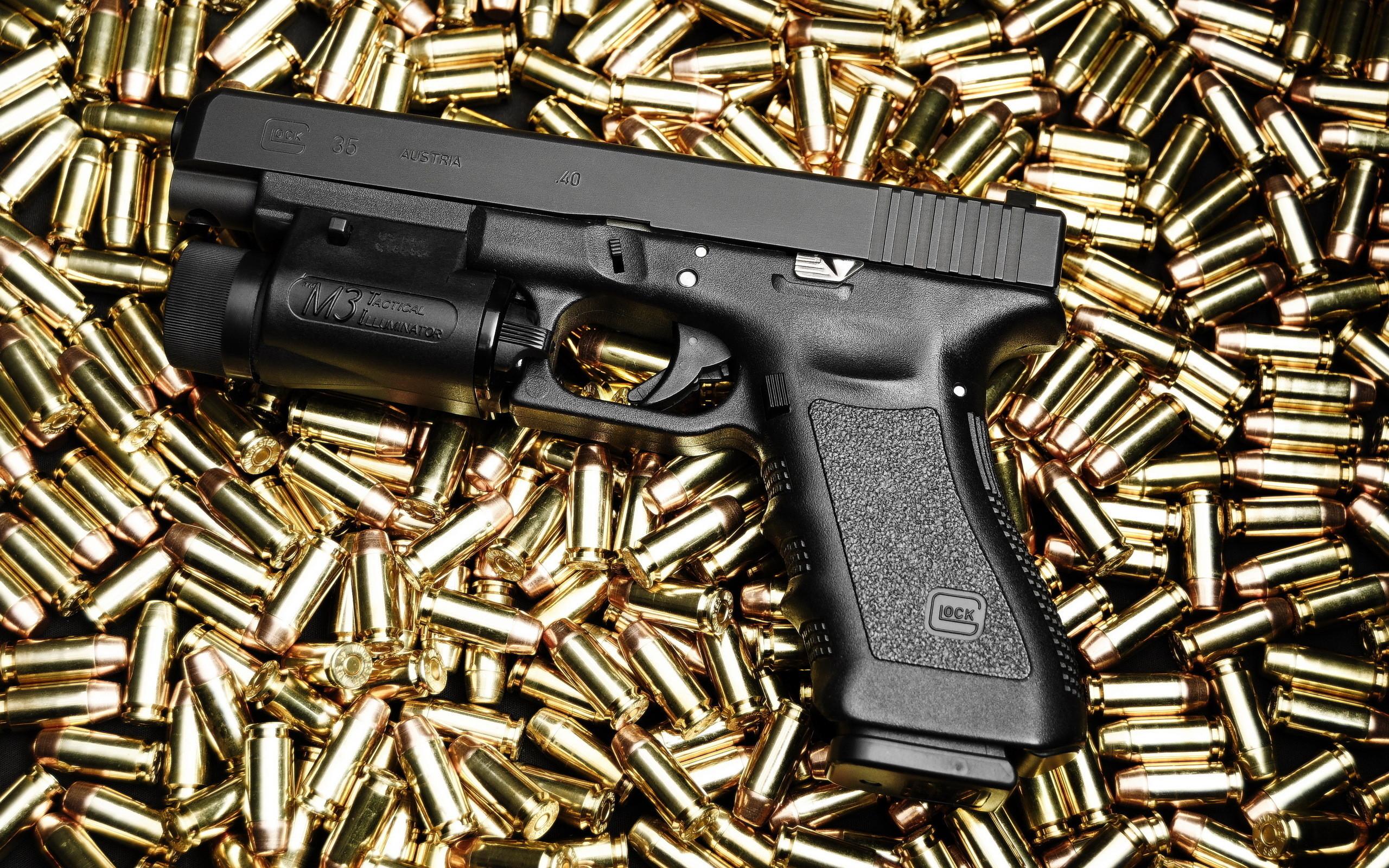 Res: 2560x1600, Weapons - Glock Pistol Wallpaper