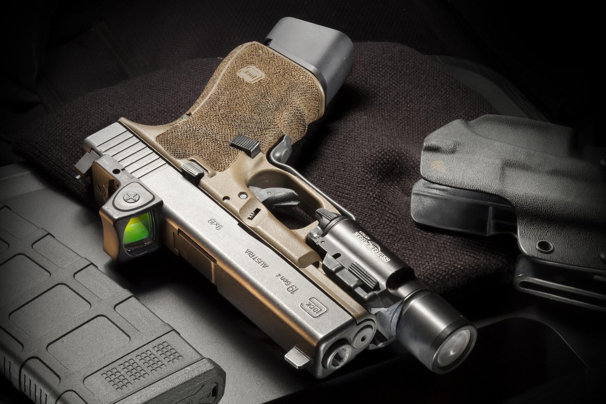 Res: 2048x1365, Weapons - Glock 19 Gen4 Wallpaper
