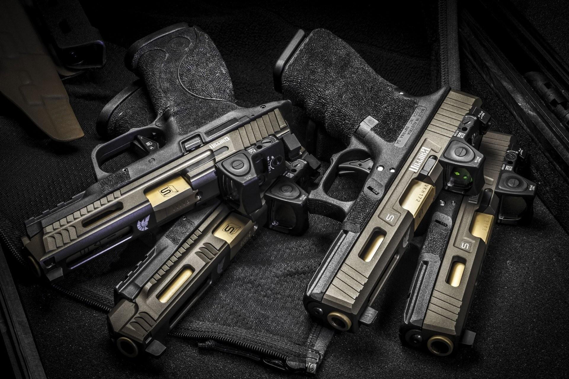 Res: 1920x1280, glock sai griffon guns weapon