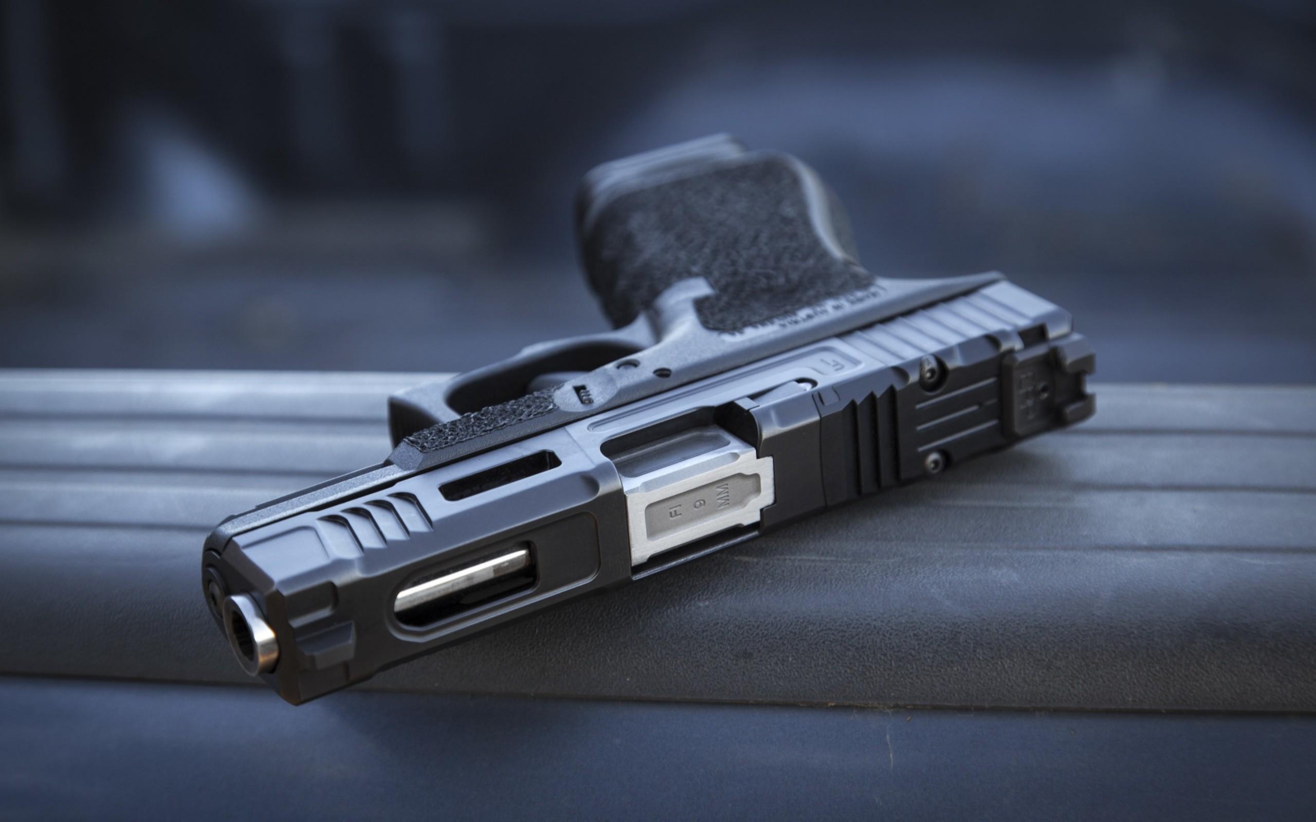 Res: 2560x1600, Glock 19 Semi-Automatic Gun