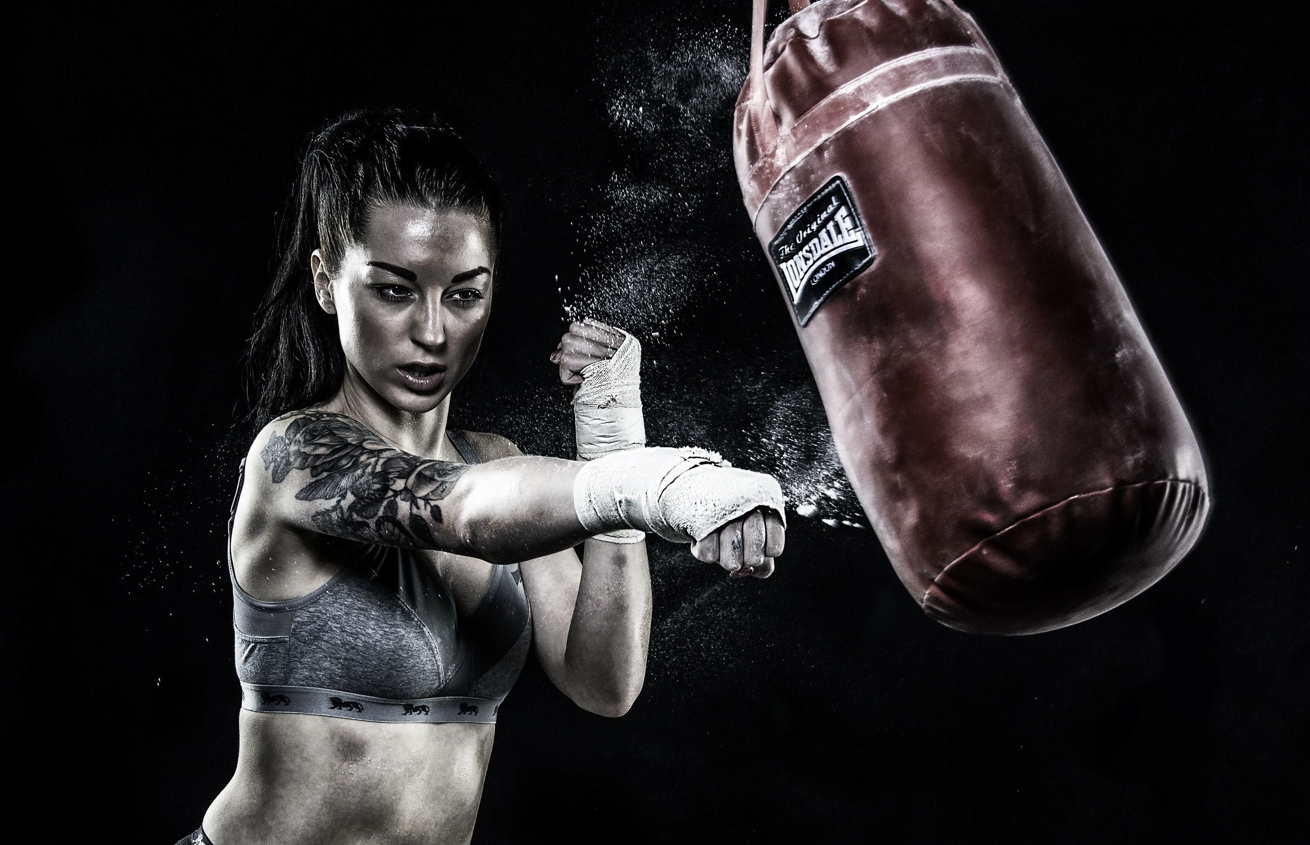 Res: 2560x1651, Bodybuilder Minion With Boxing Gloves Wallpapers Funny Wallpapers