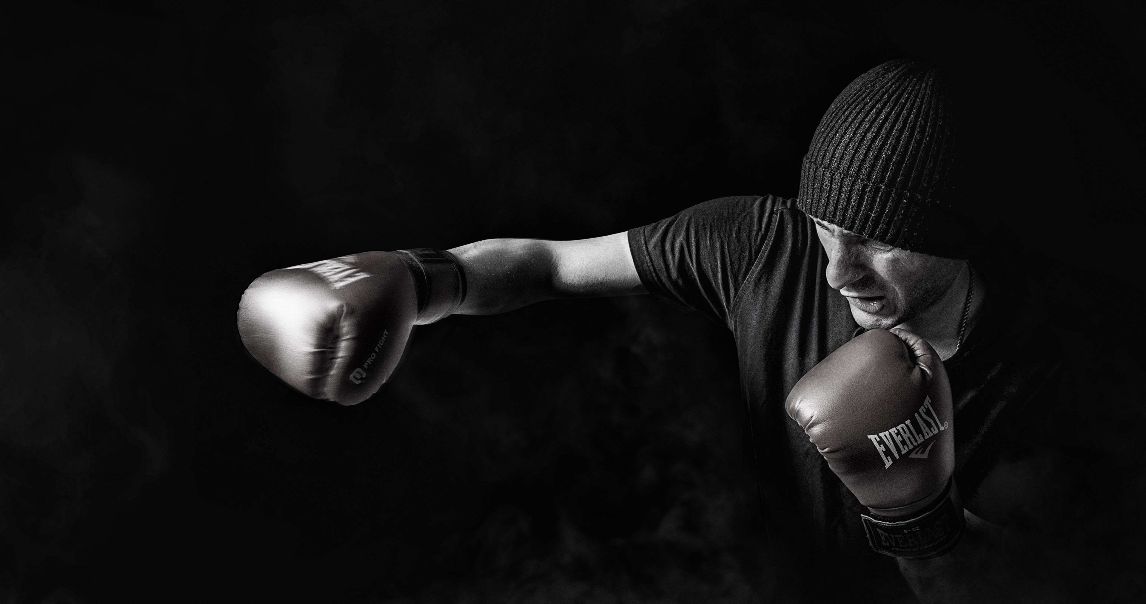 Res: 3840x2026, ... bonnet, boxer, boxing, dark, fight, fighter, force, gloves, male, man,  person, power, smoke, sport, strength, training 4k wallpaper and background