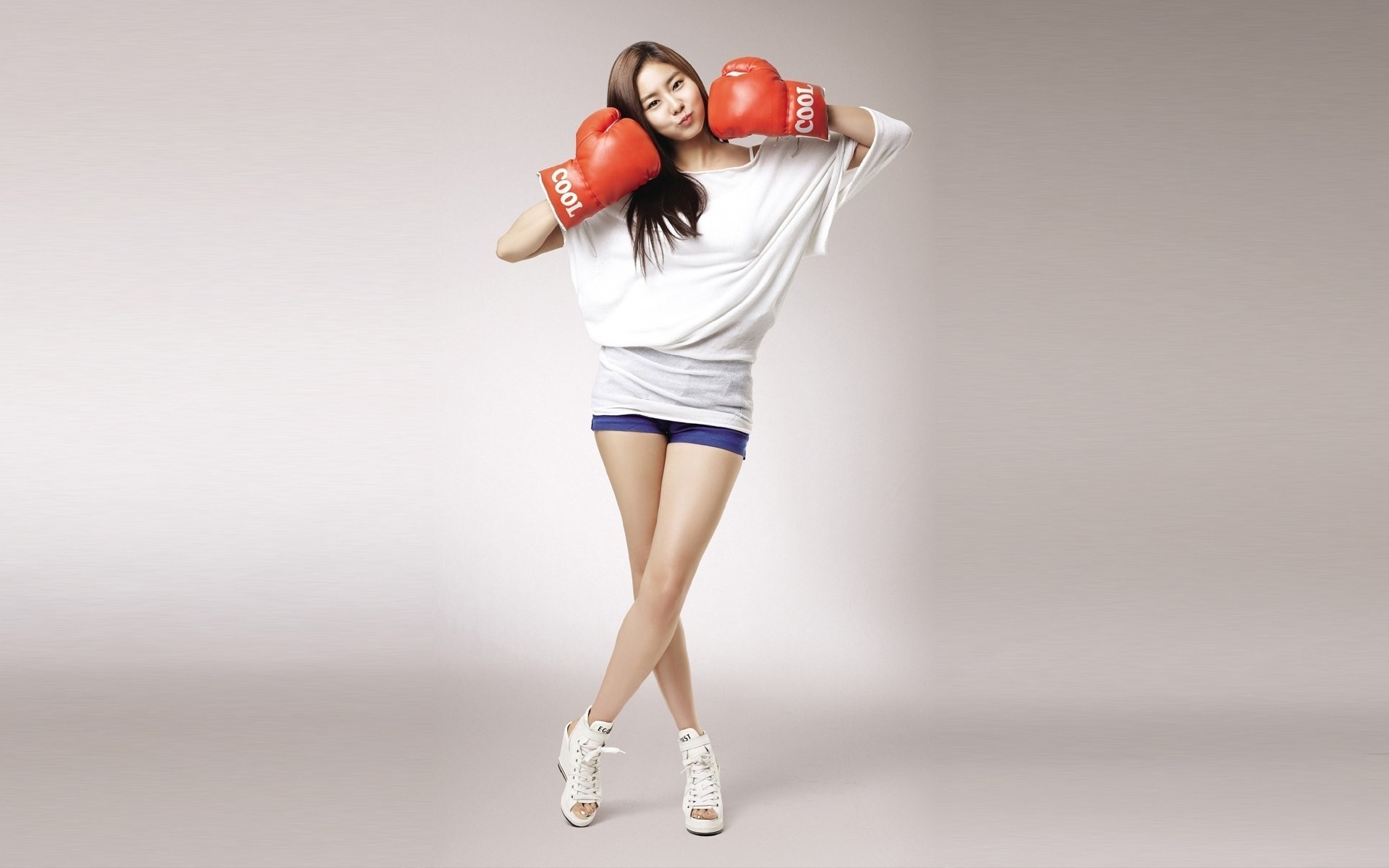Res: 1920x1200, Girl Asian Boxing Gloves Sport