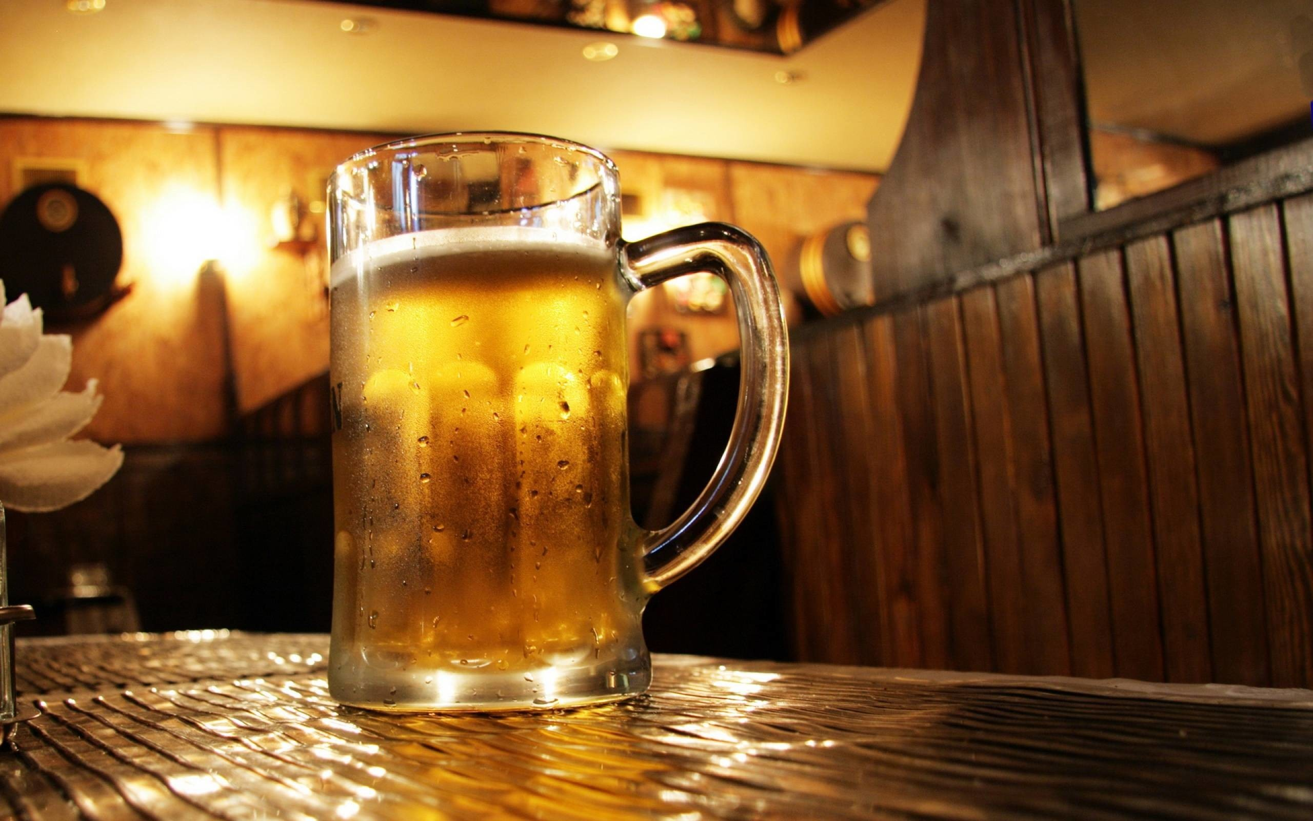 Res: 2560x1600,  Popular Collection Beer Wallpaper High Quality Beer Wallpapers  2560×1600