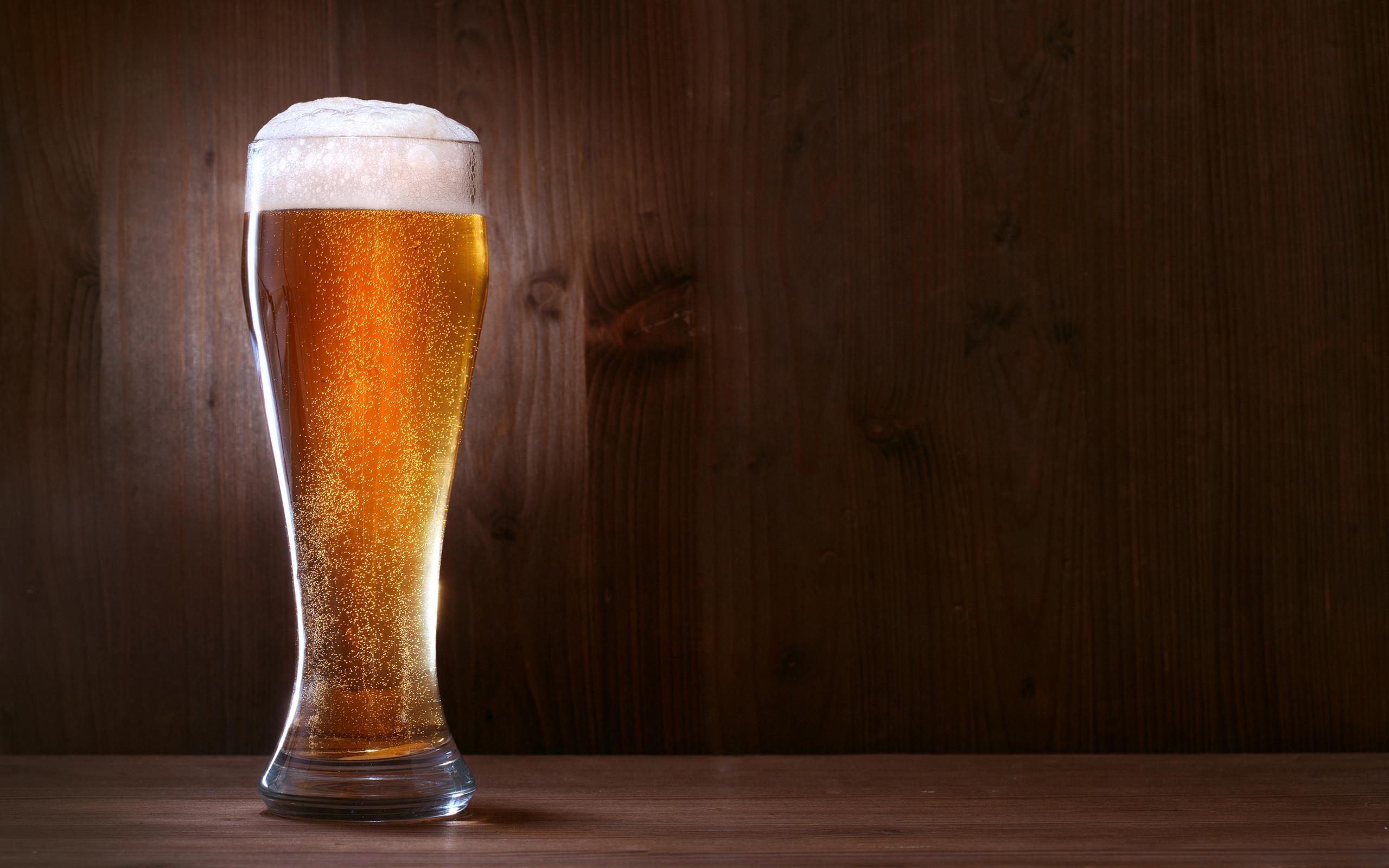 Res: 2560x1600, Beer Wallpaper
