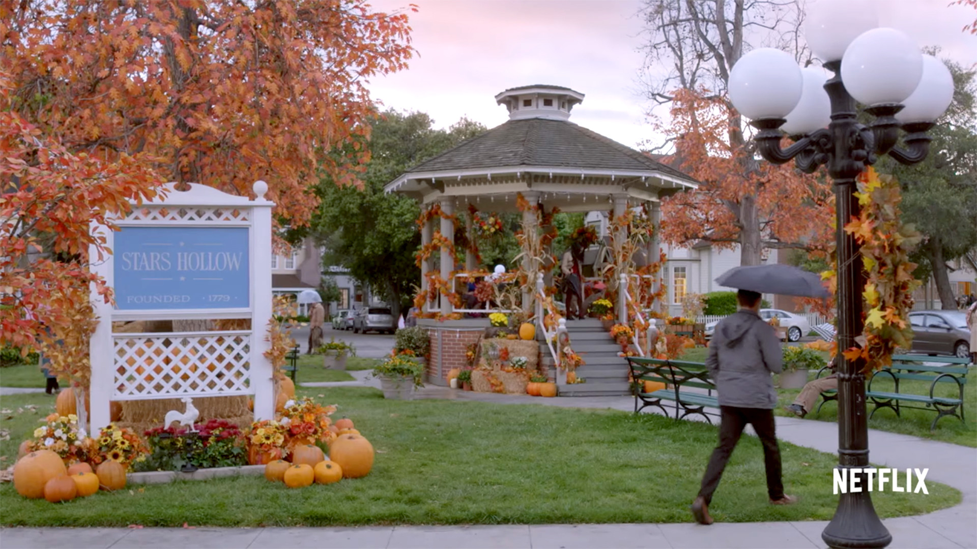 Res: 1920x1080, 'Gilmore Girls' fan festival is coming to town that inspired Stars Hollow -  TODAY.com