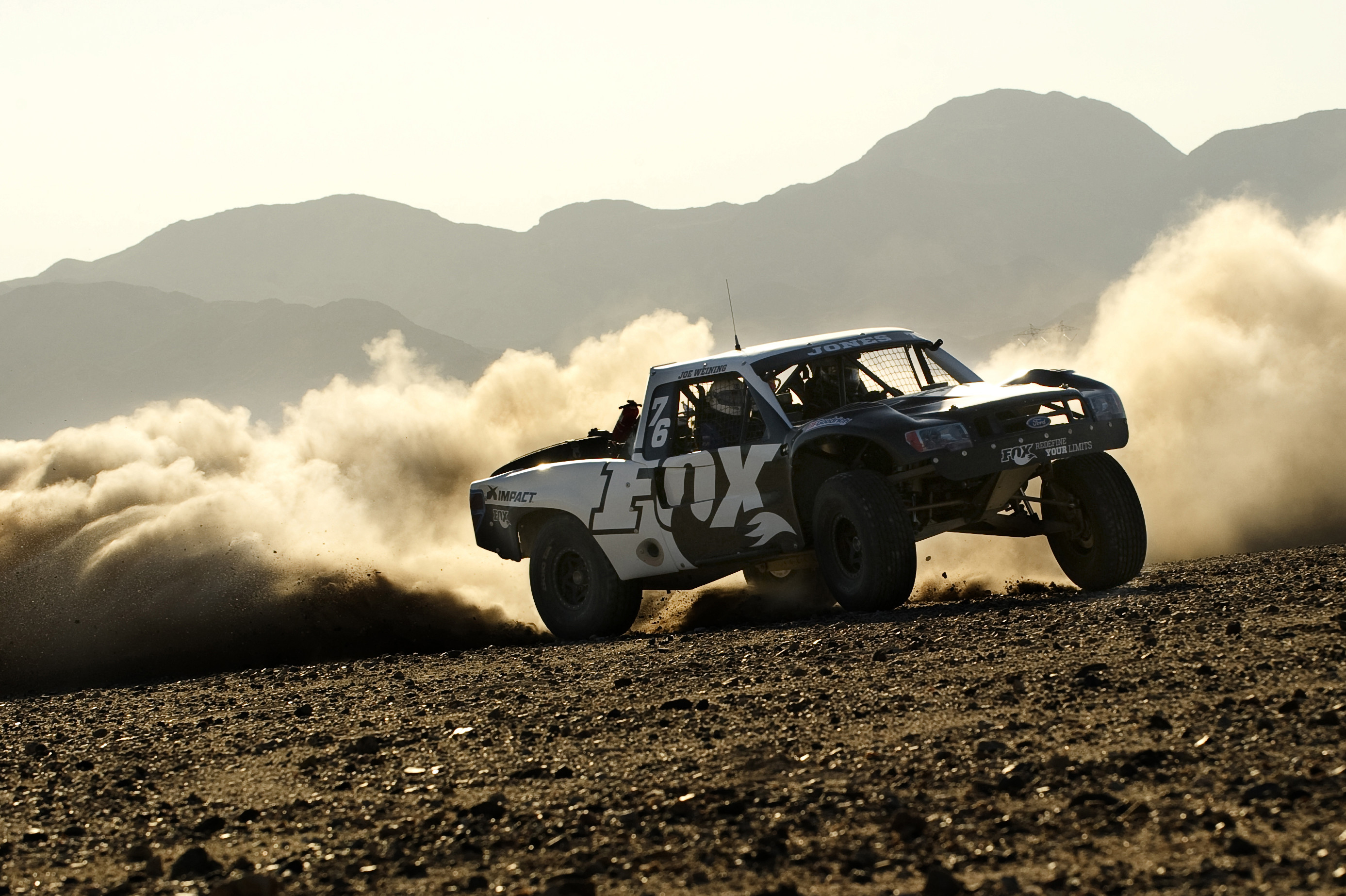 Res: 2774x1846, 5 HD Trophy Truck Wallpapers
