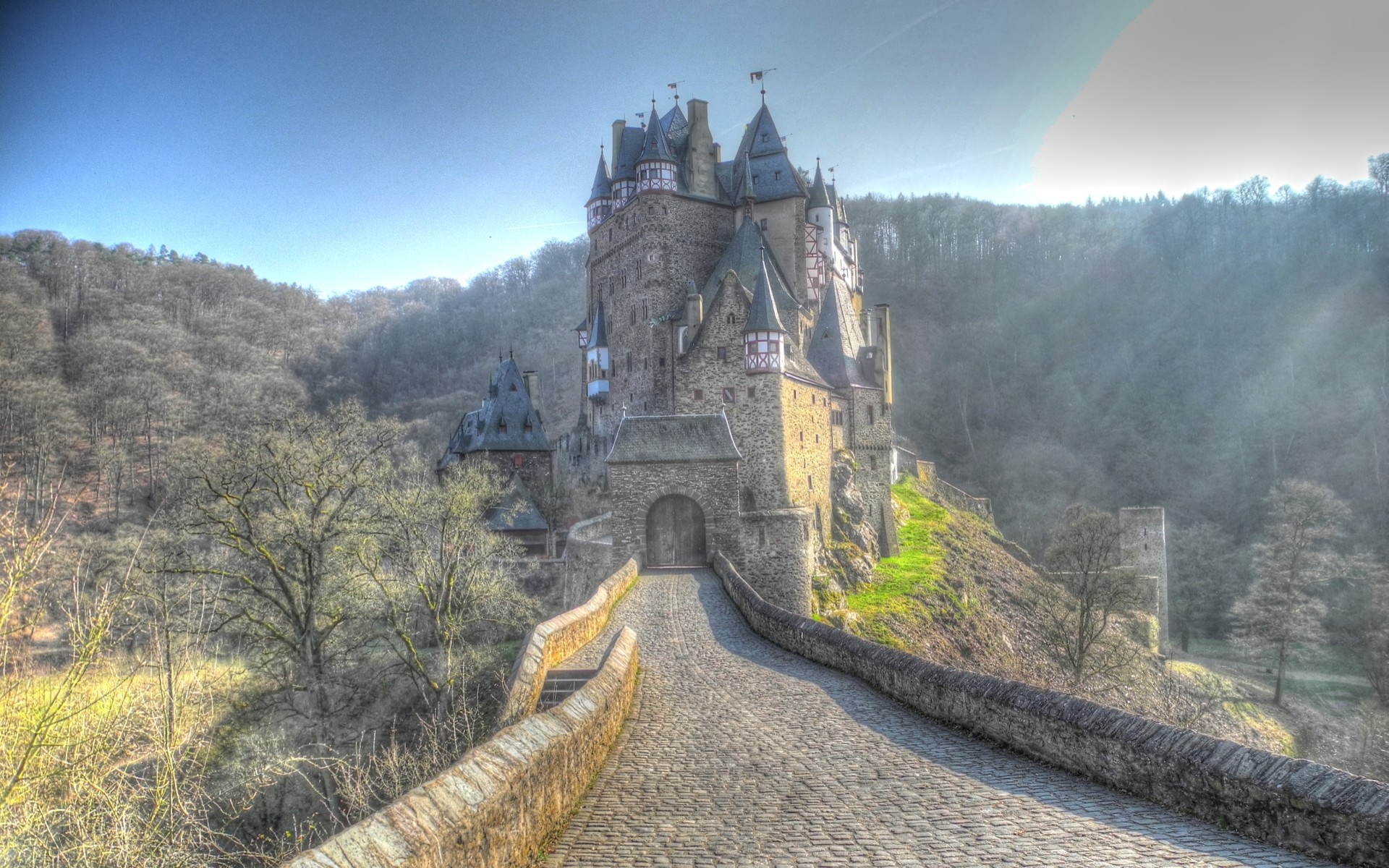 Res: 1920x1200, Man Made - Eltz Castle Wallpaper