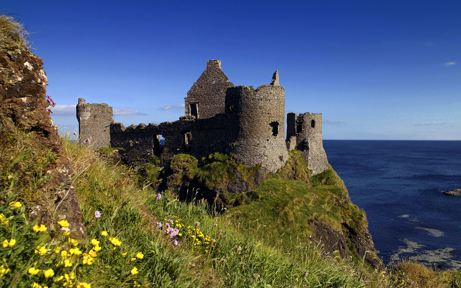 Res: 1920x1200, Ruins of Dunluce Castle, Antrim, Northern Ireland, UK