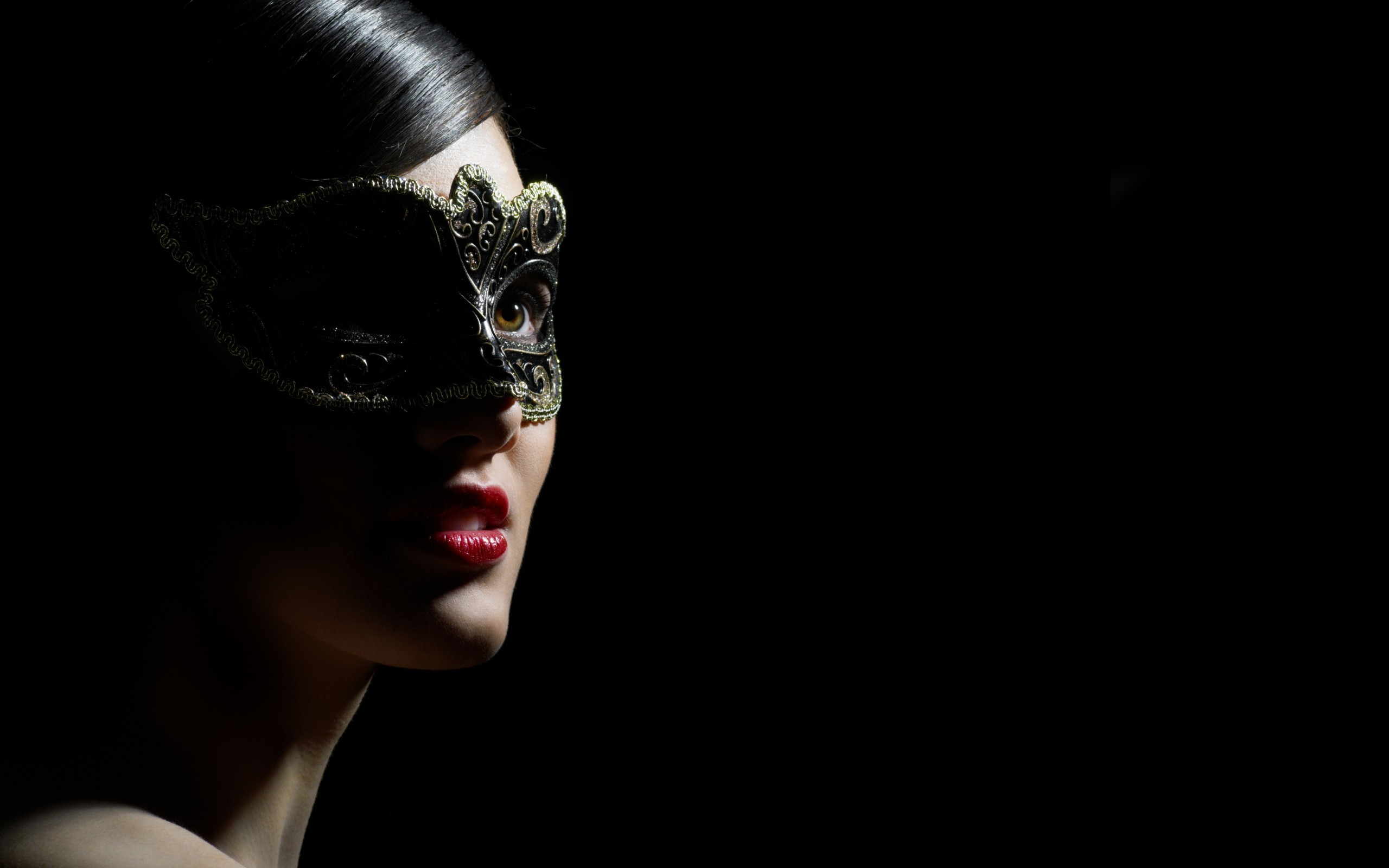 Res: 2560x1600, Mask Girl Wallpaper for iPhone