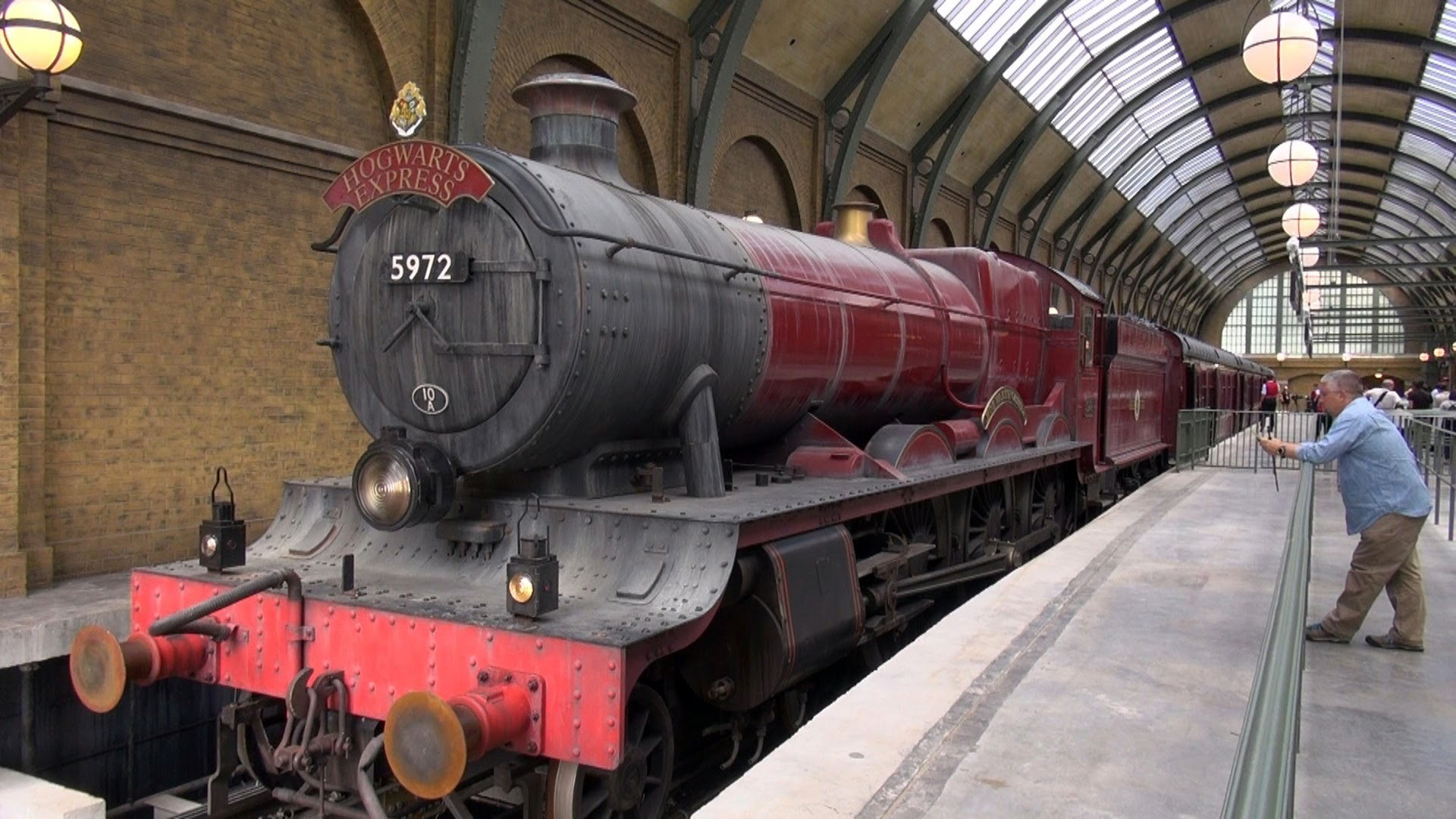 Res: 1920x1080, HOGWARTS EXPRESS Ride KING'S CROSS to HOGSMEADE - PANDAVISION Multi Angle  Journey - YouTube