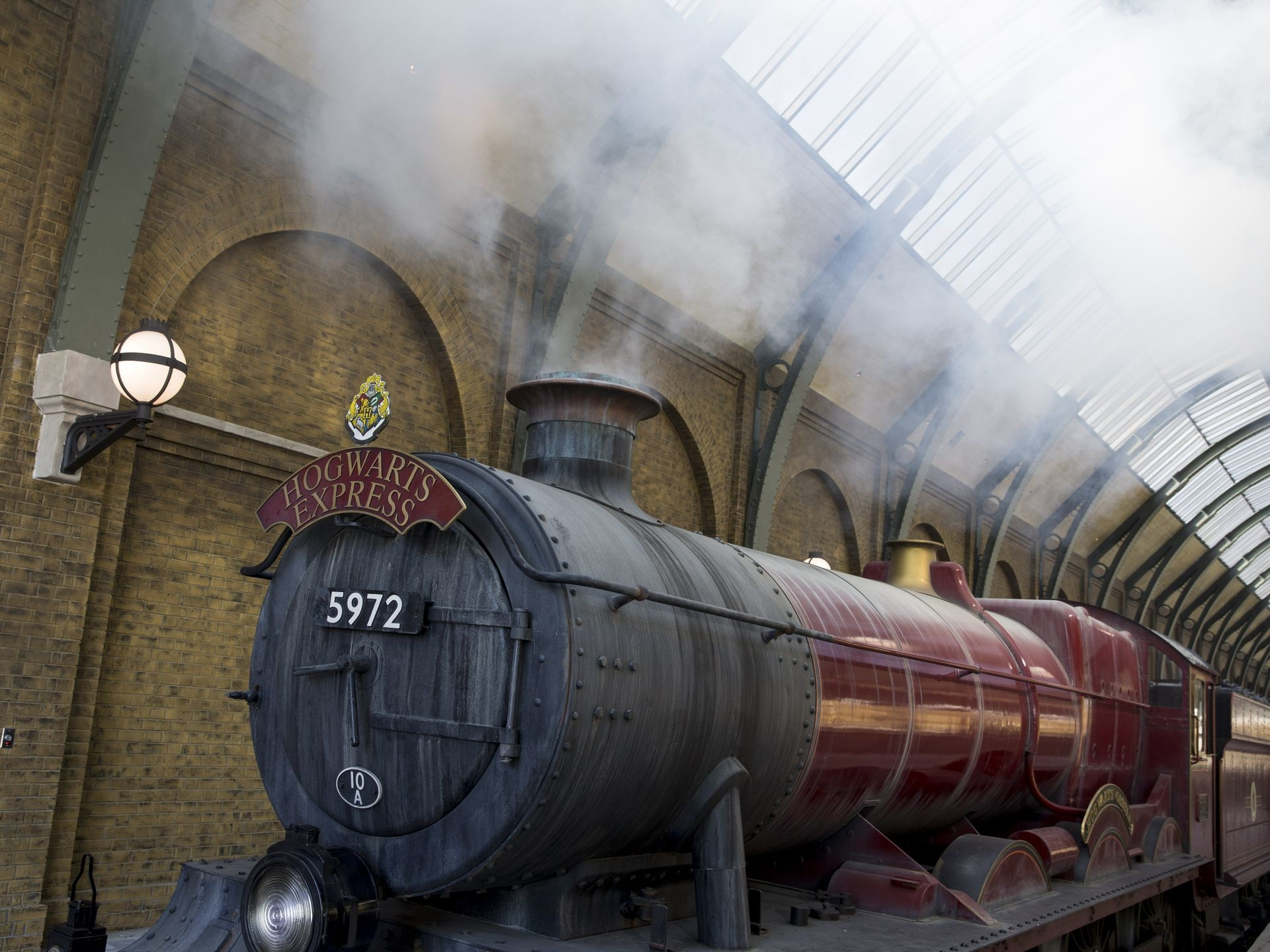 Res: 1920x1440, Hogwarts Express – The Wizarding World of Harry Potter – Diagon Alley