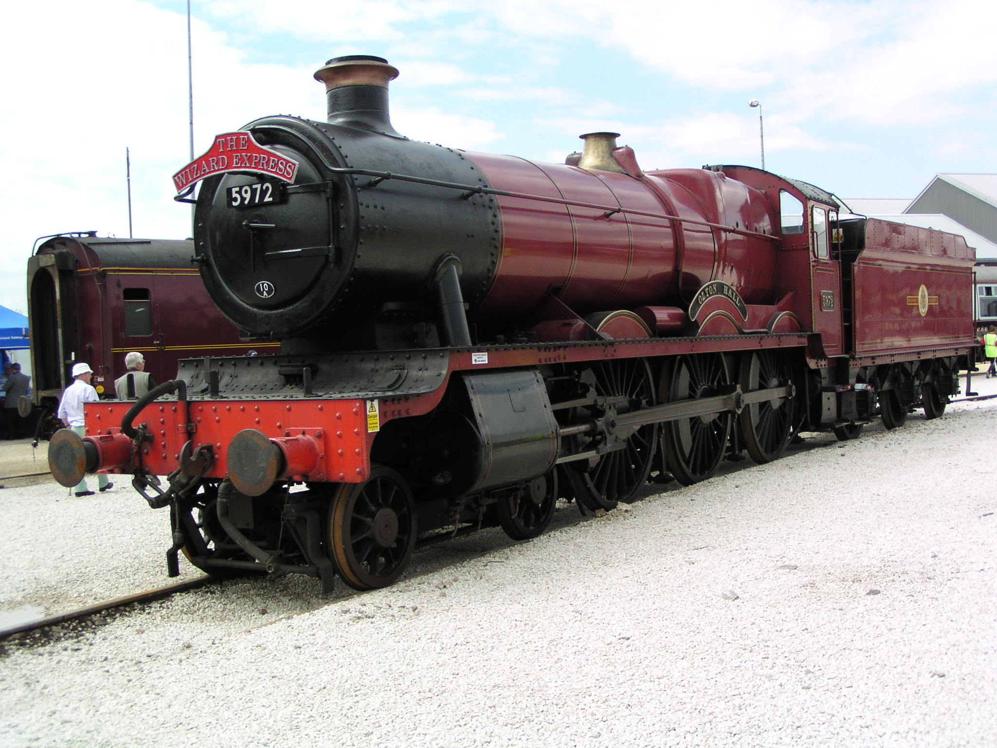 Res: 2048x1536, File:GWR 'Hall' 5972 'Olton Hall' at ...