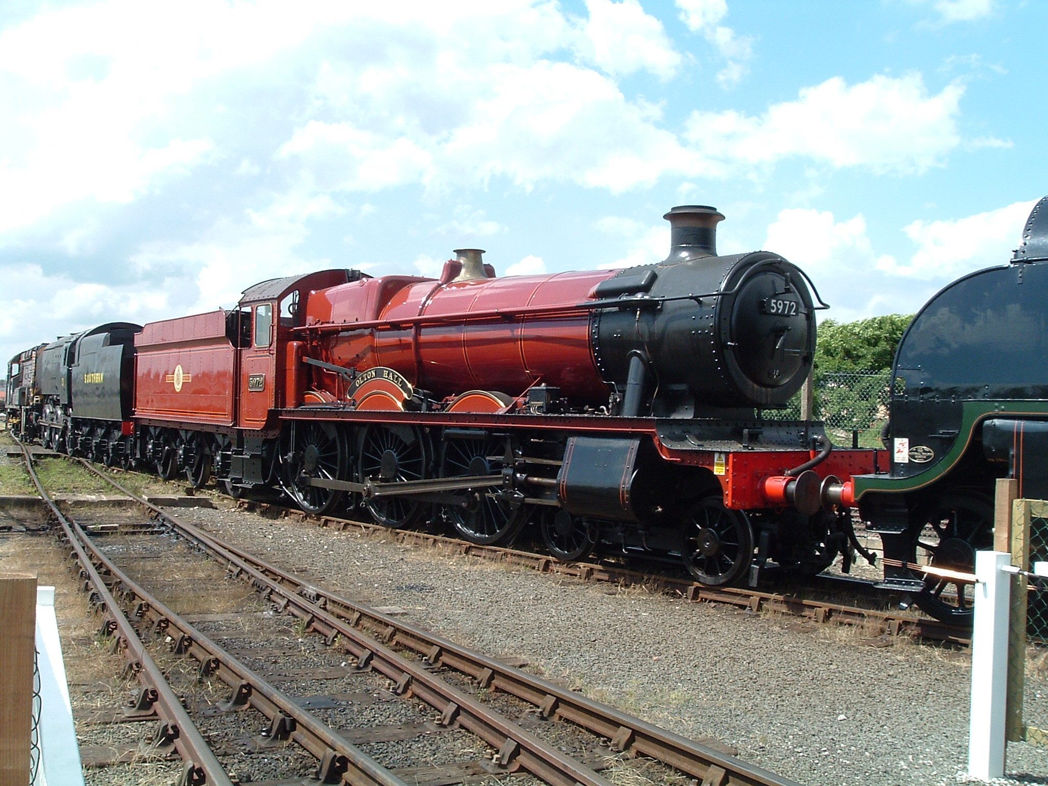 Res: 2048x1536, File:Hogwarts Express at York.jpg