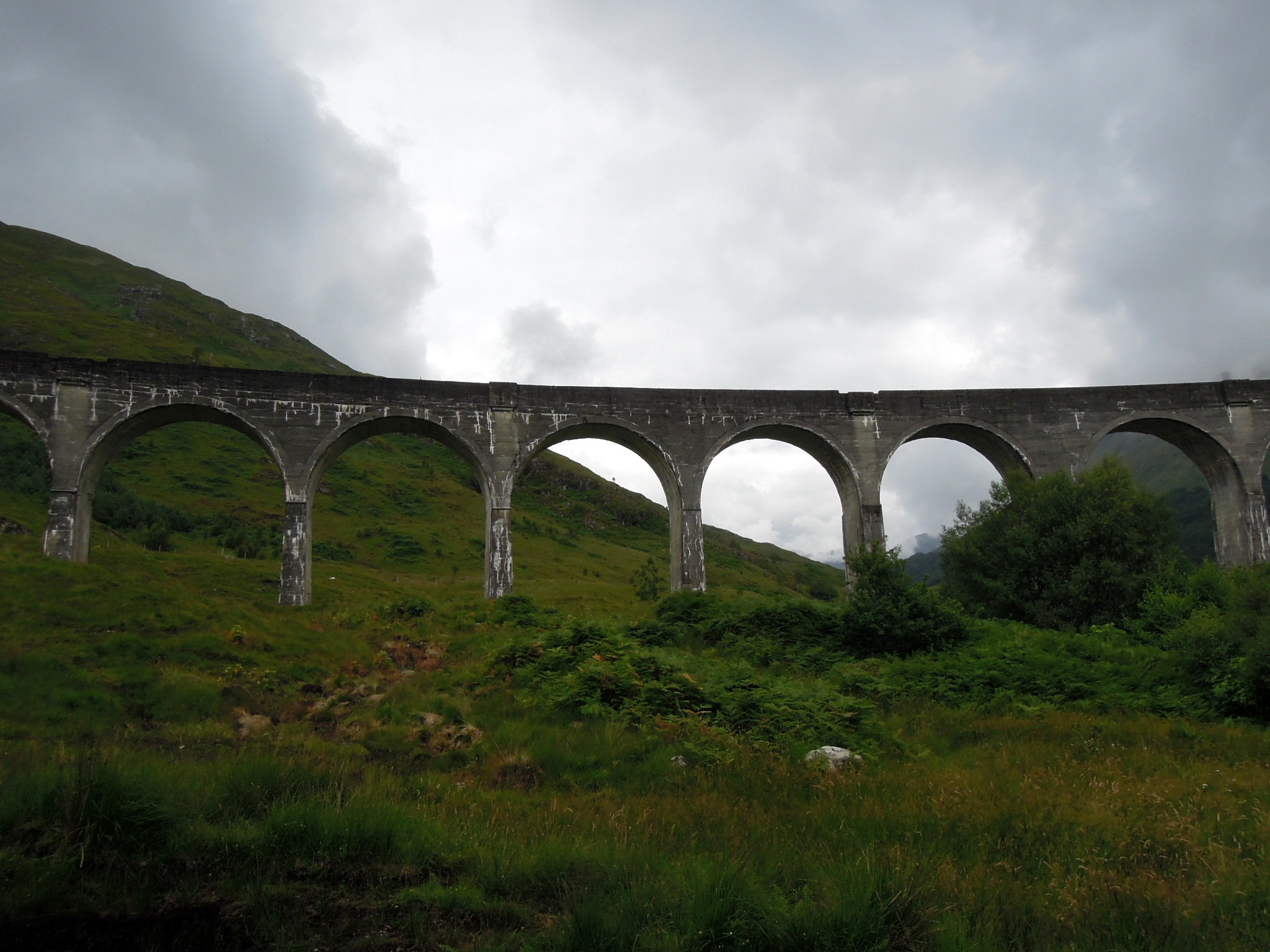 Res: 2048x1536, Glenfinnan Viaduct with the hills silhouetted behind