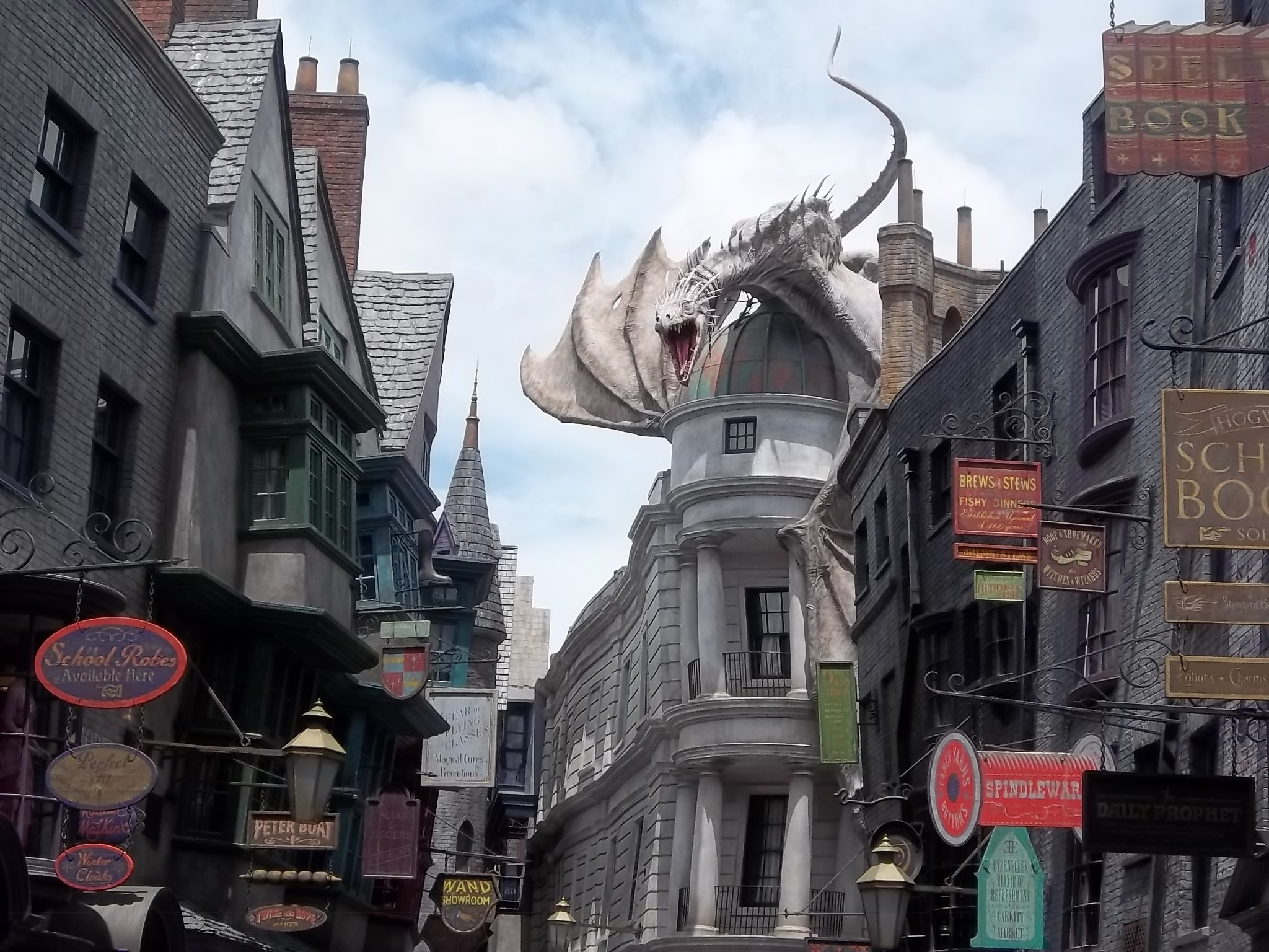 Res: 2048x1536, The big news regarding theme parks of course was the July 8 opening of  Diagon Alley, the new expansion of The Wizarding World Of Harry Potter in  Universal ...