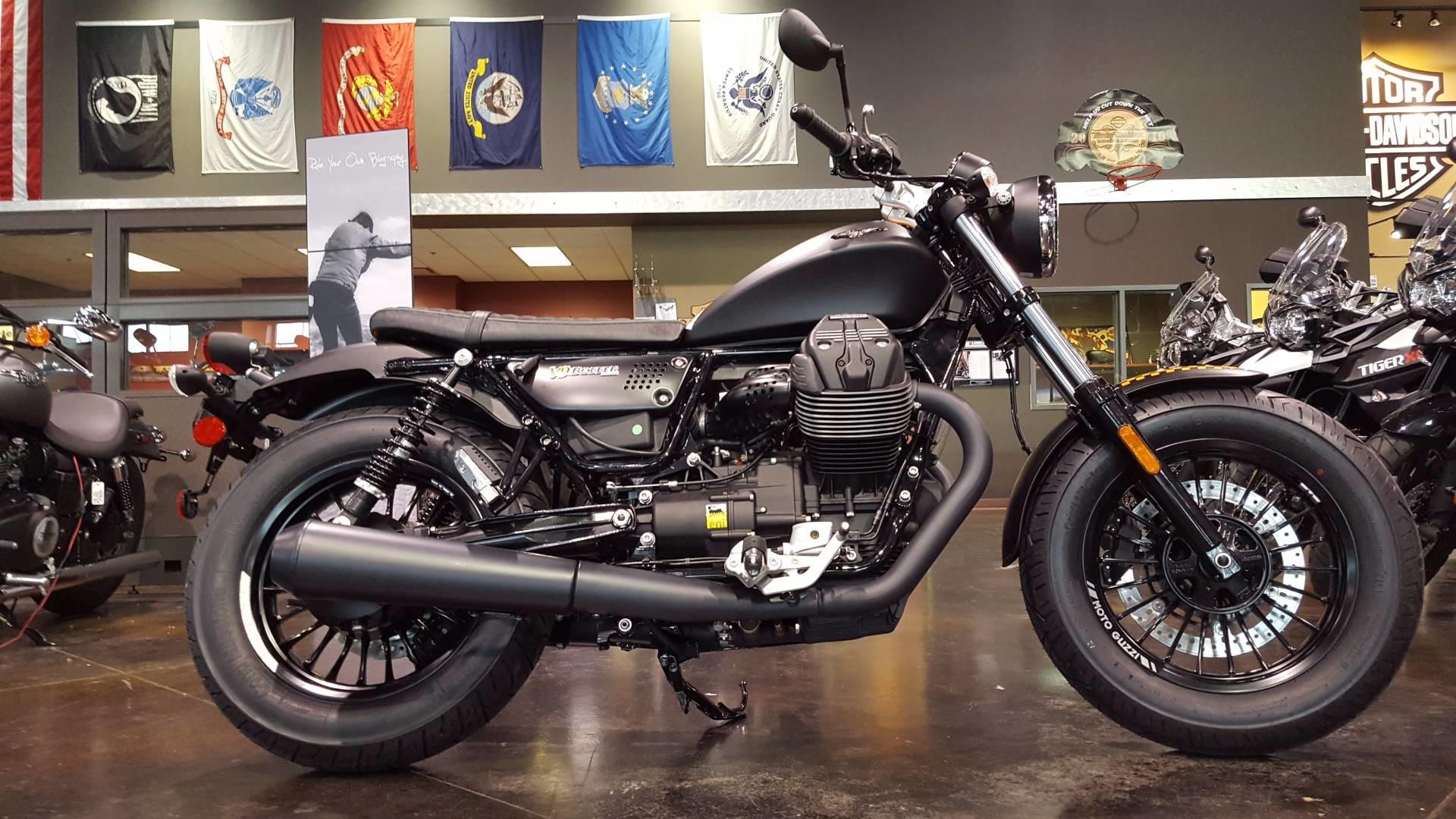 Res: 1920x1080, 2017 Moto Guzzi V9 Bobber in Saint Charles, Illinois