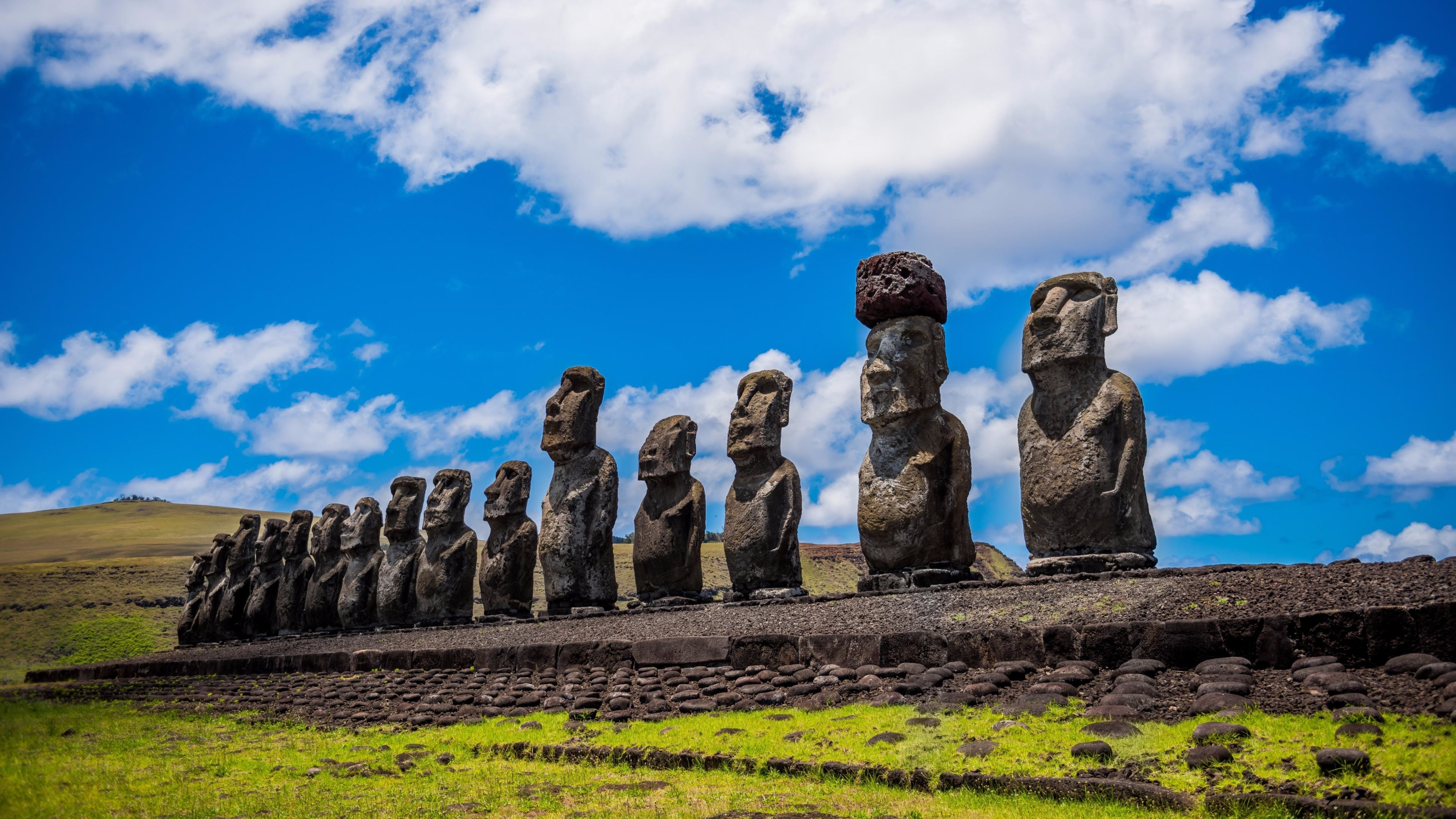 Res: 3840x2160, Moai Easter Island Stone Statues Wallpaper | Wallpaper Studio 10 | Tens of  thousands HD and UltraHD wallpapers for Android, Windows and Xbox