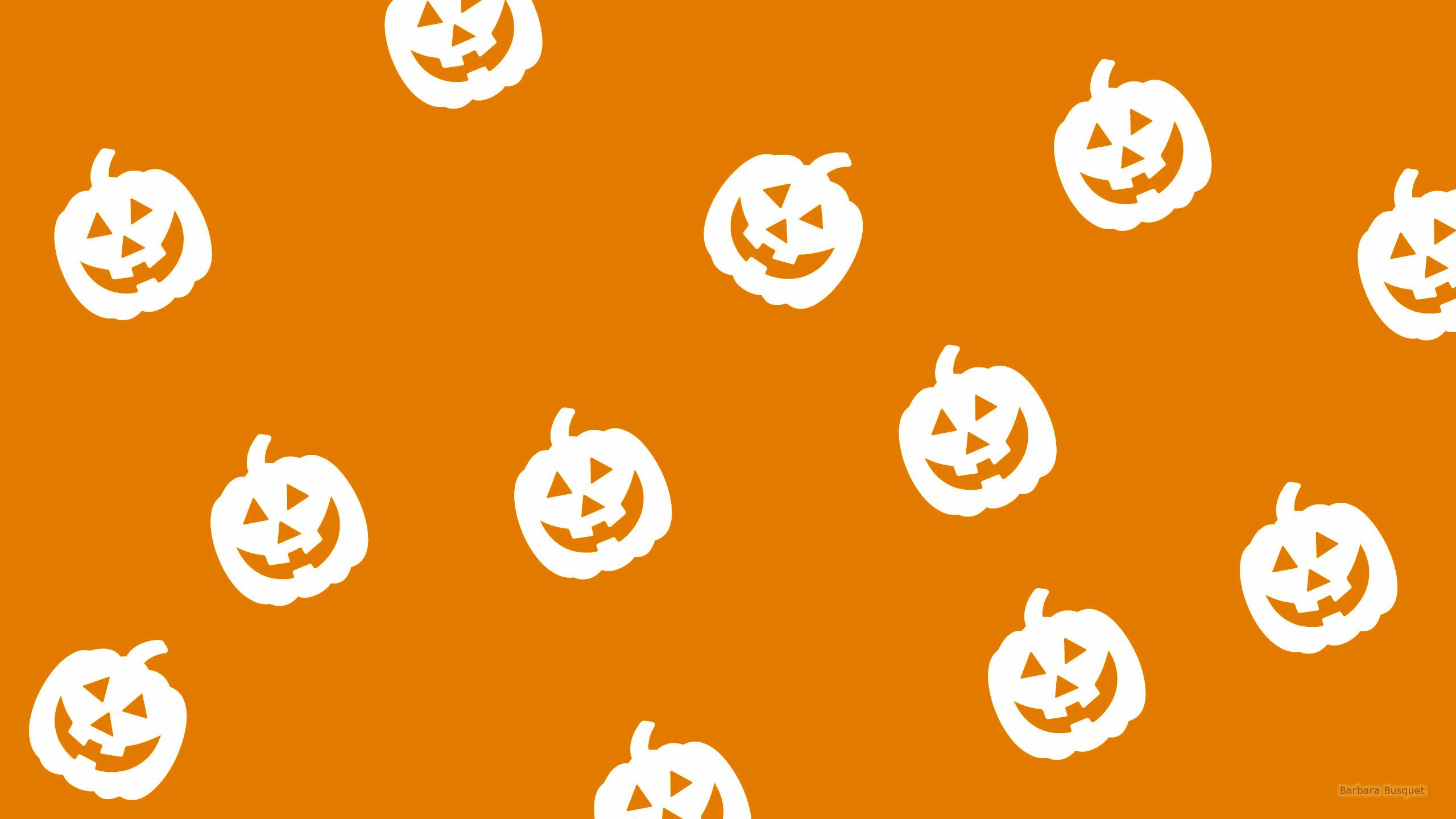 Res: 2560x1440, Simple orange Halloween wallpaper with pumpkins