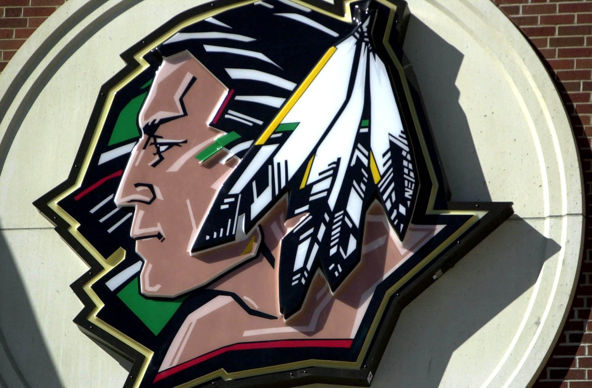 Res: 2000x1312, Fighting Sioux Logo - Viewing Gallery