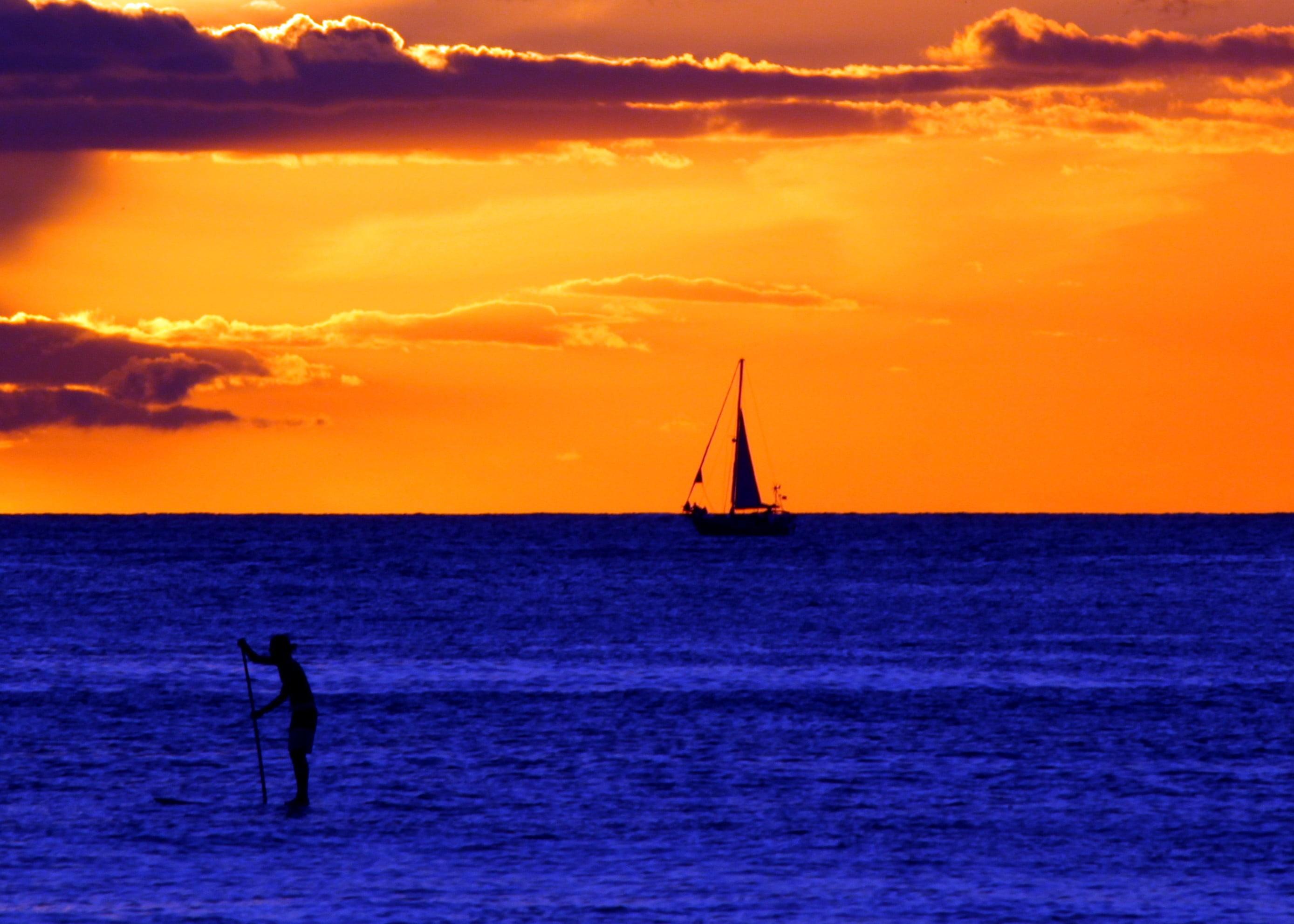 Res: 2777x1983, boat and body of water illustration, waikiki beach HD wallpaper