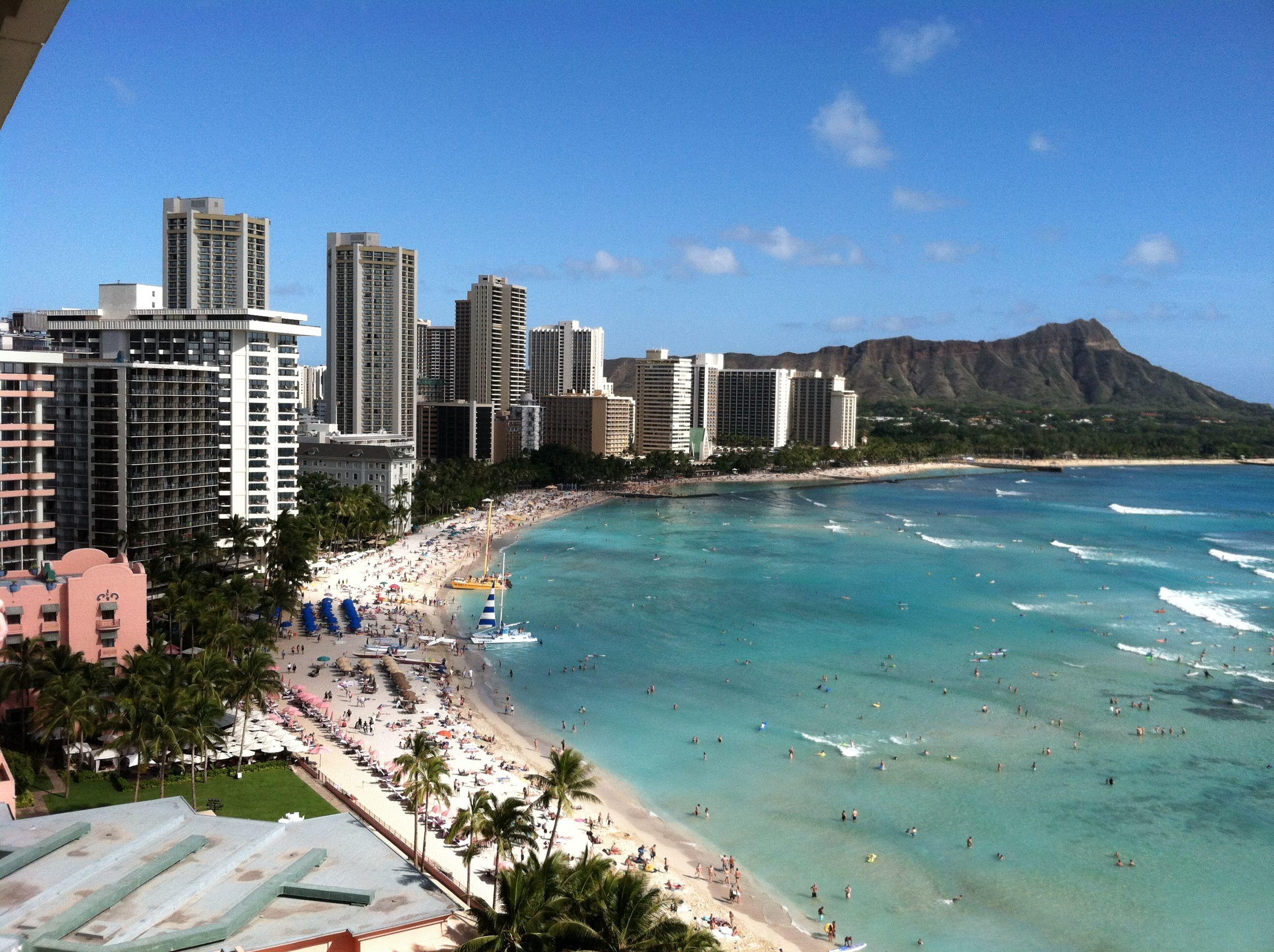Res: 2592x1936, Waikiki Beach, Hawaii
