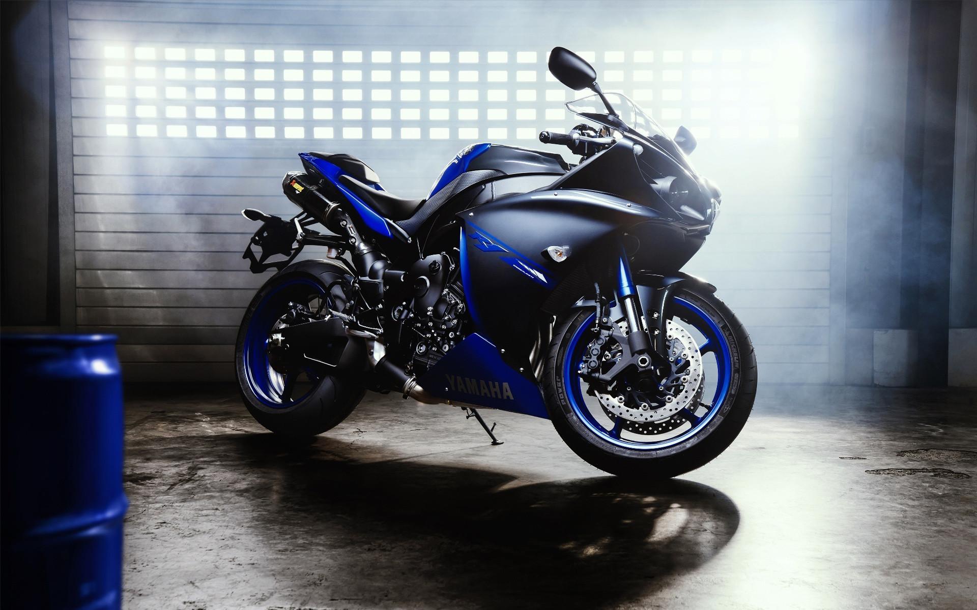 Res: 1920x1200, Fahrzeuge - Yamaha YZF-R1 Wallpaper