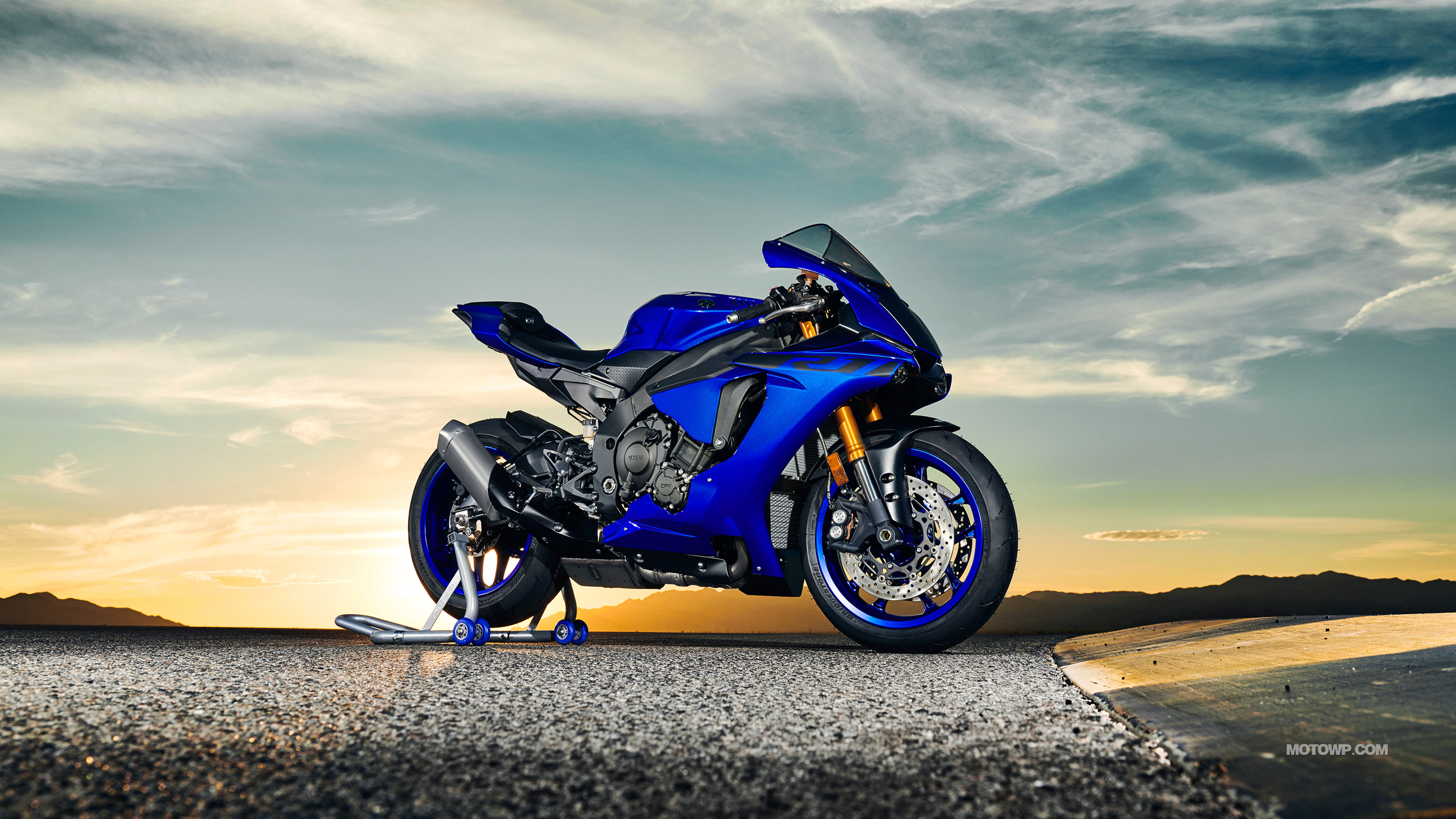 Res: 3840x2160, Motorcycles wallpapers Yamaha YZF-R1 - 2018