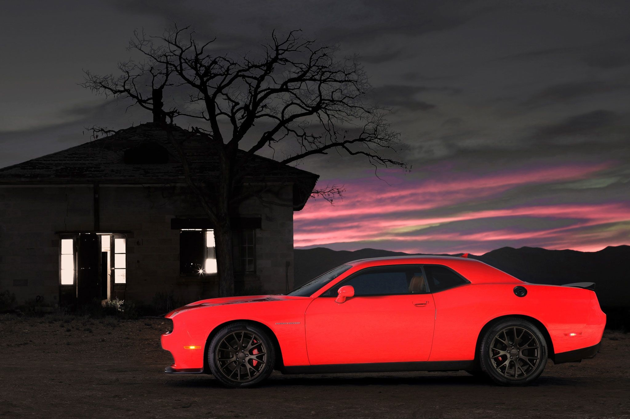 Res: 2048x1360, 2015 Dodge Charger SRT Hellcat 4K Wallpapers HD - http://wallucky.com