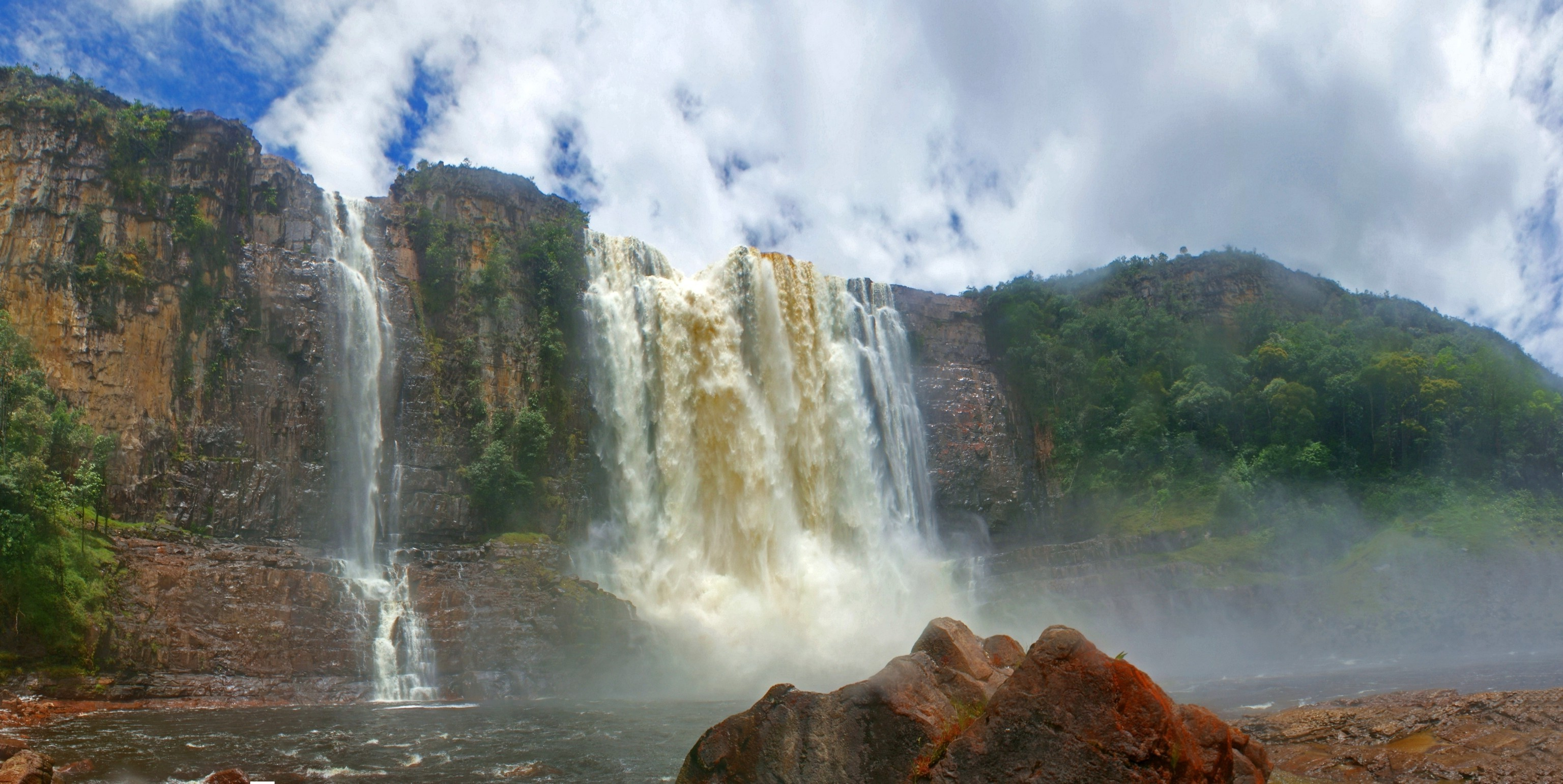 Res: 3072x1541, nature, Landscape, Canaima National Park, Venezuela, Waterfall, Cliff,  River, Tropical Forest, Clouds Wallpapers HD / Desktop and Mobile  Backgrounds