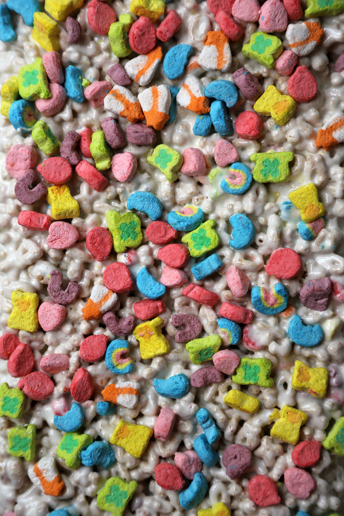 Res: 1365x2048, Lucky Charms Marshmallow Treats For Happy Snacking