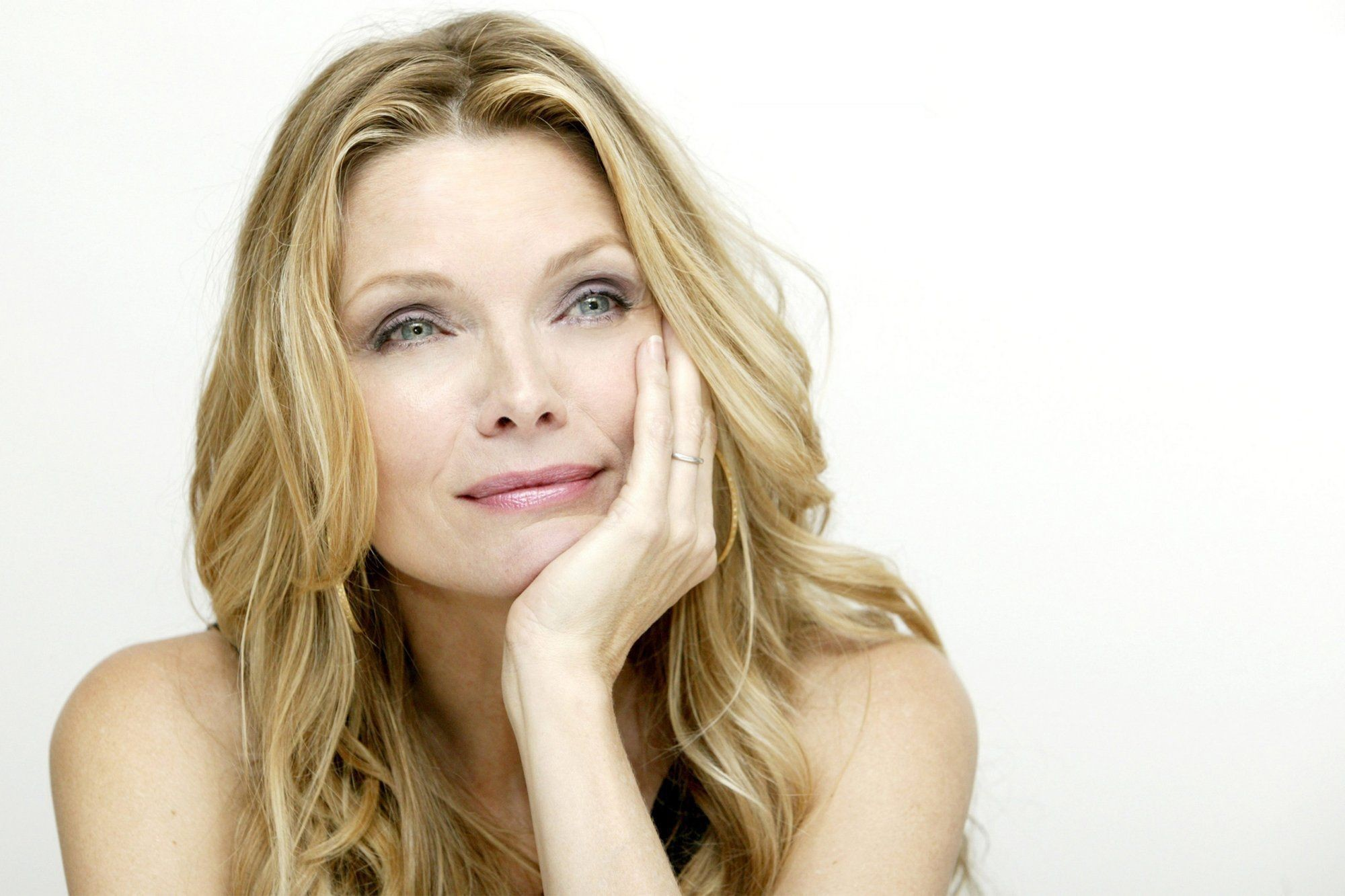 Res: 2000x1333, ... Michelle Pfeiffer Wallpapers ...