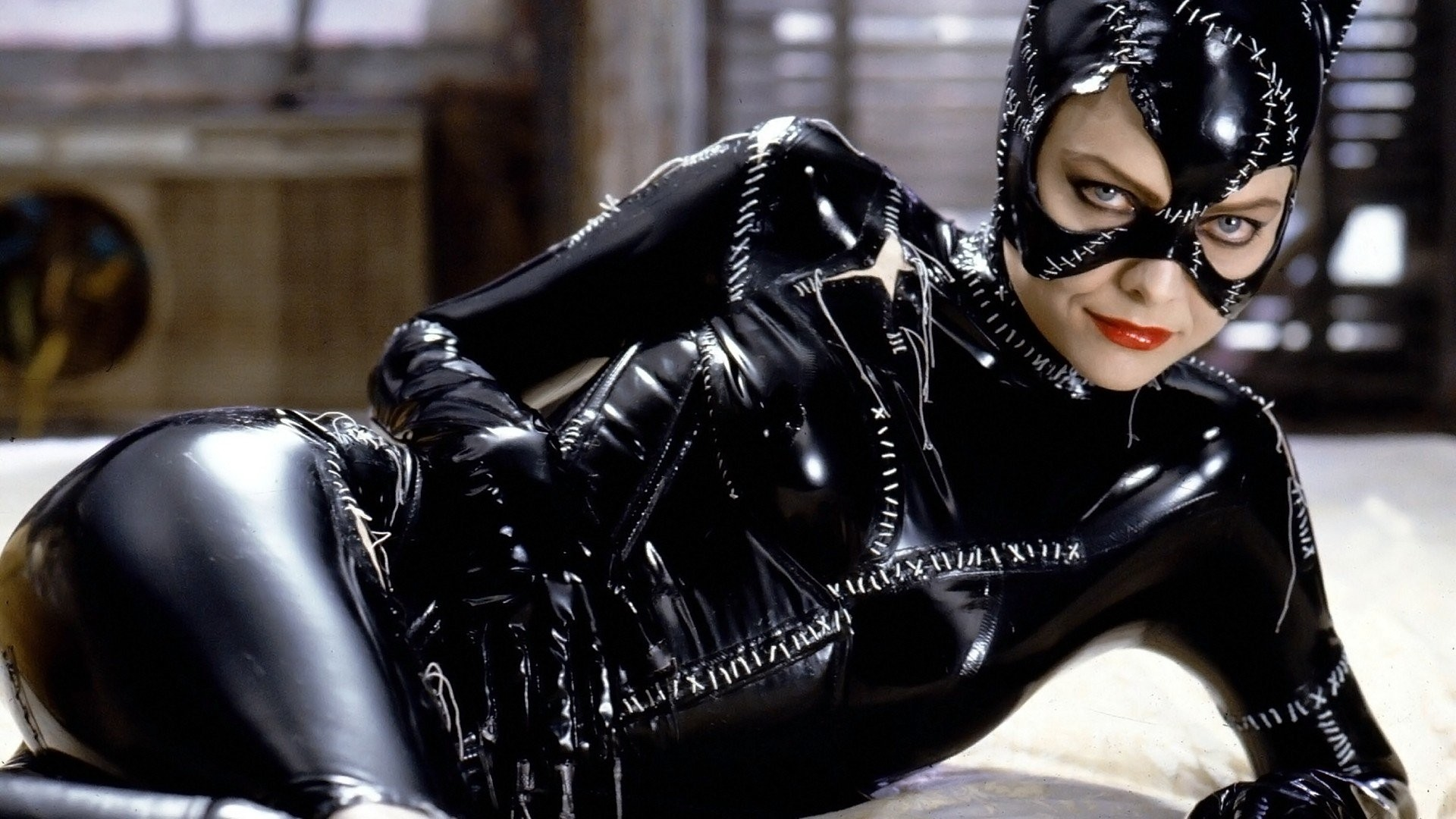 Res: 1920x1080, Women Batman Catwoman Michelle Pfeiffer Batman Returns wallpaper       301780   WallpaperUP