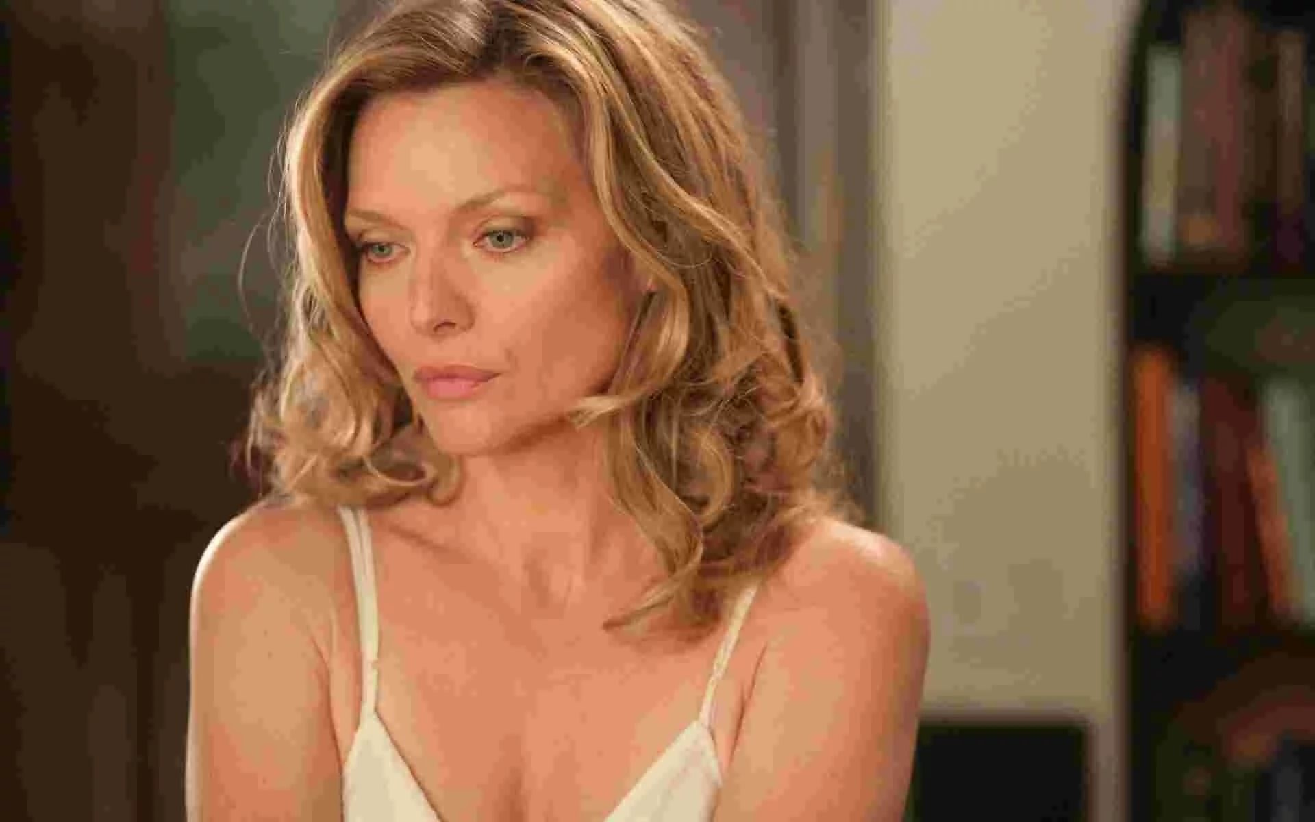 Res: 1920x1200, ... Michelle Pfeiffer Wallpapers Download ...
