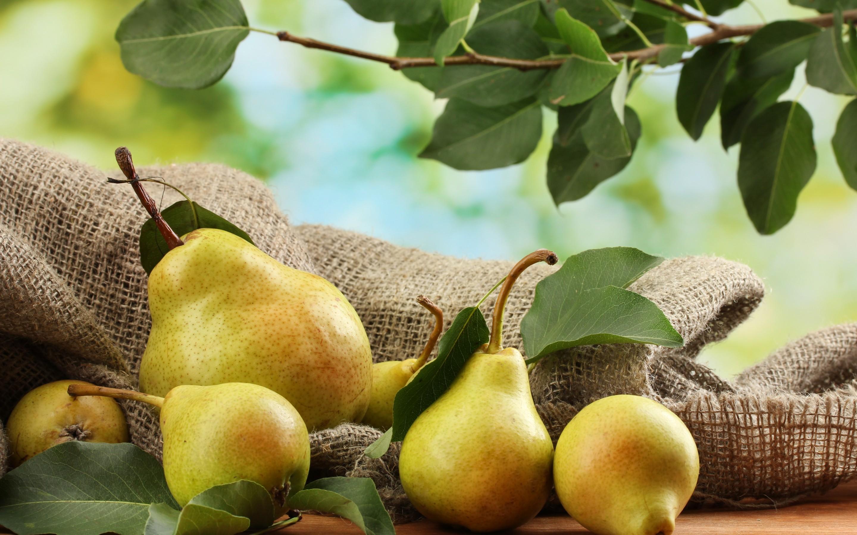 Res: 2880x1800, Food - Pear Wallpaper