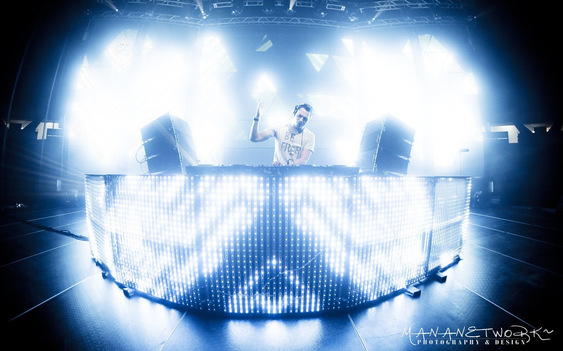 Res: 1920x1200, Music - Dj Tiesto Wallpaper
