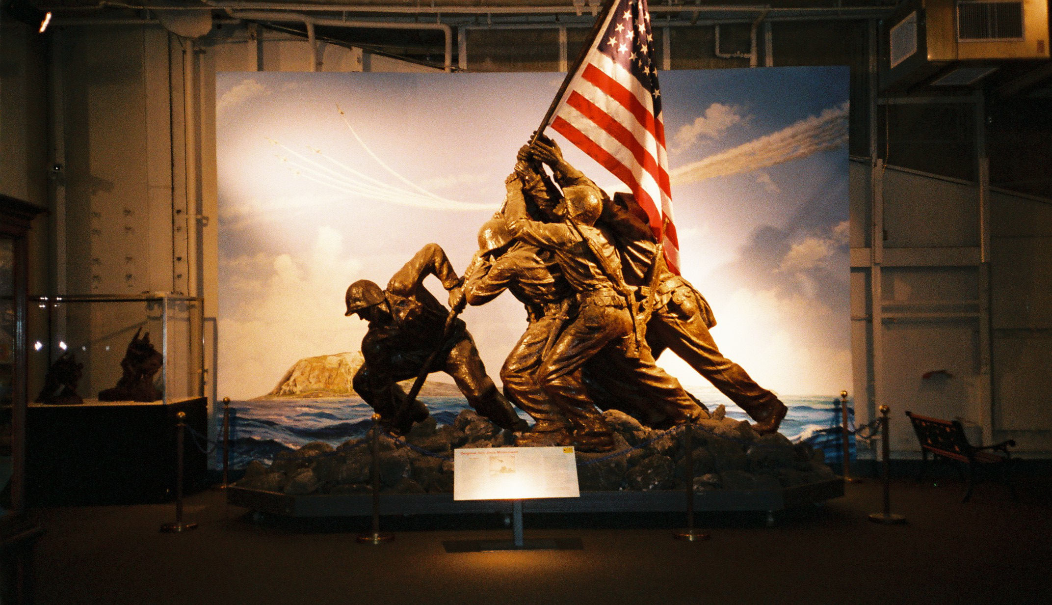Res: 2144x1232, File:Iwo Jima Memorial Statue, USS Intrepid, New York City. (727855908