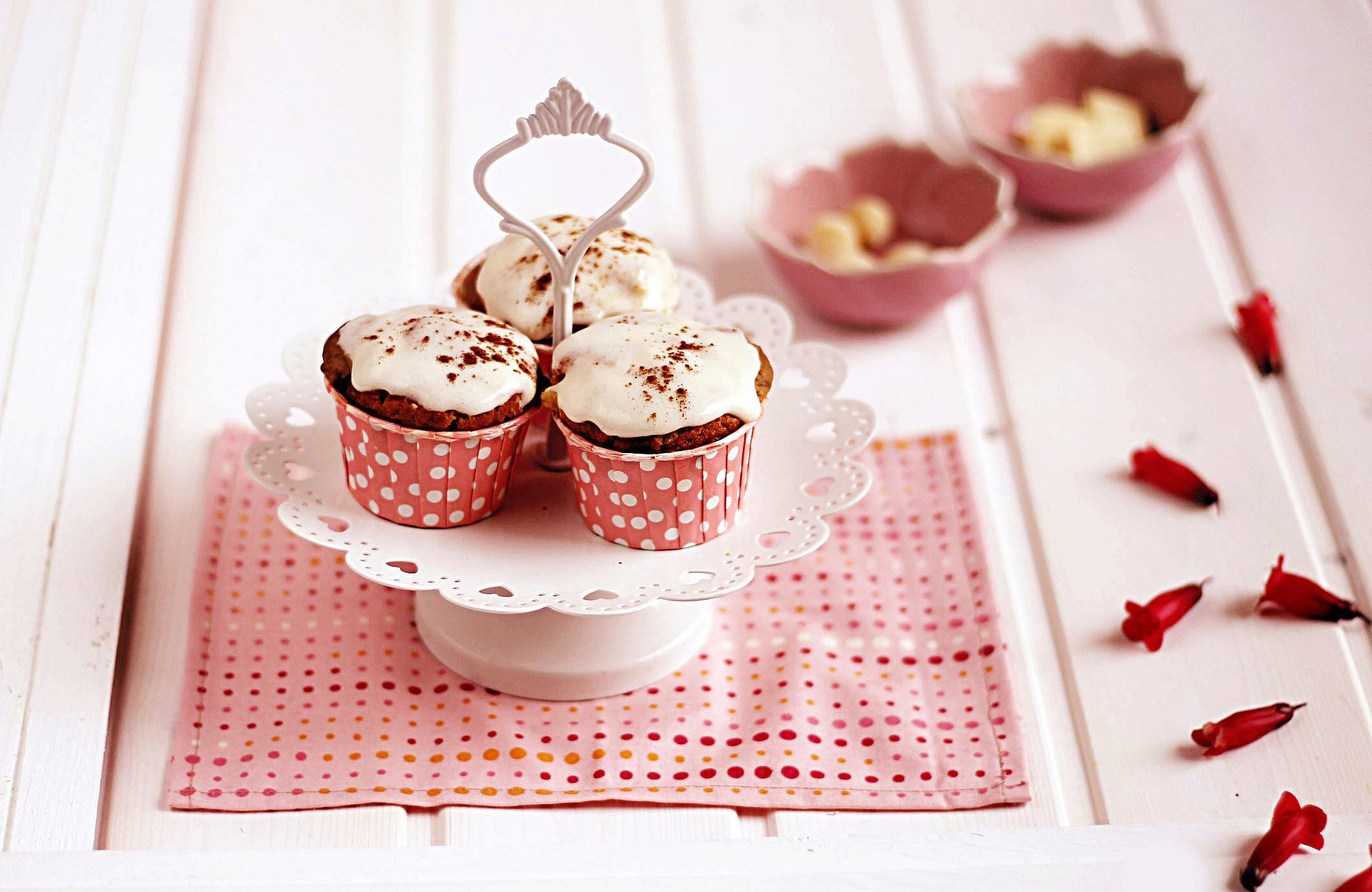 Res: 2048x1331, Cupcake Wallpapers 09