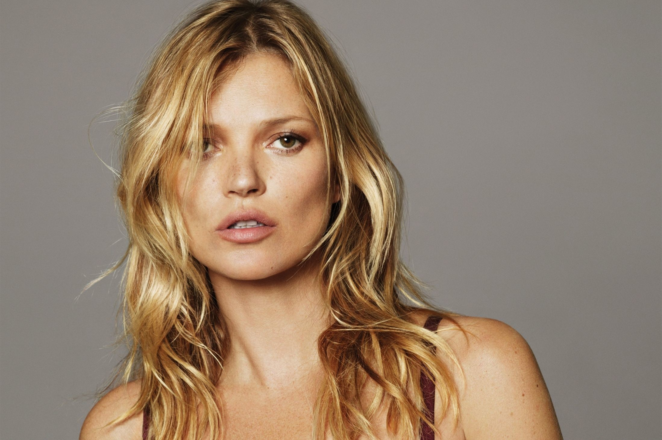 Res: 2197x1463, Kate Moss agreed to treatment from alcoholism for the sake of a second  pregnancy