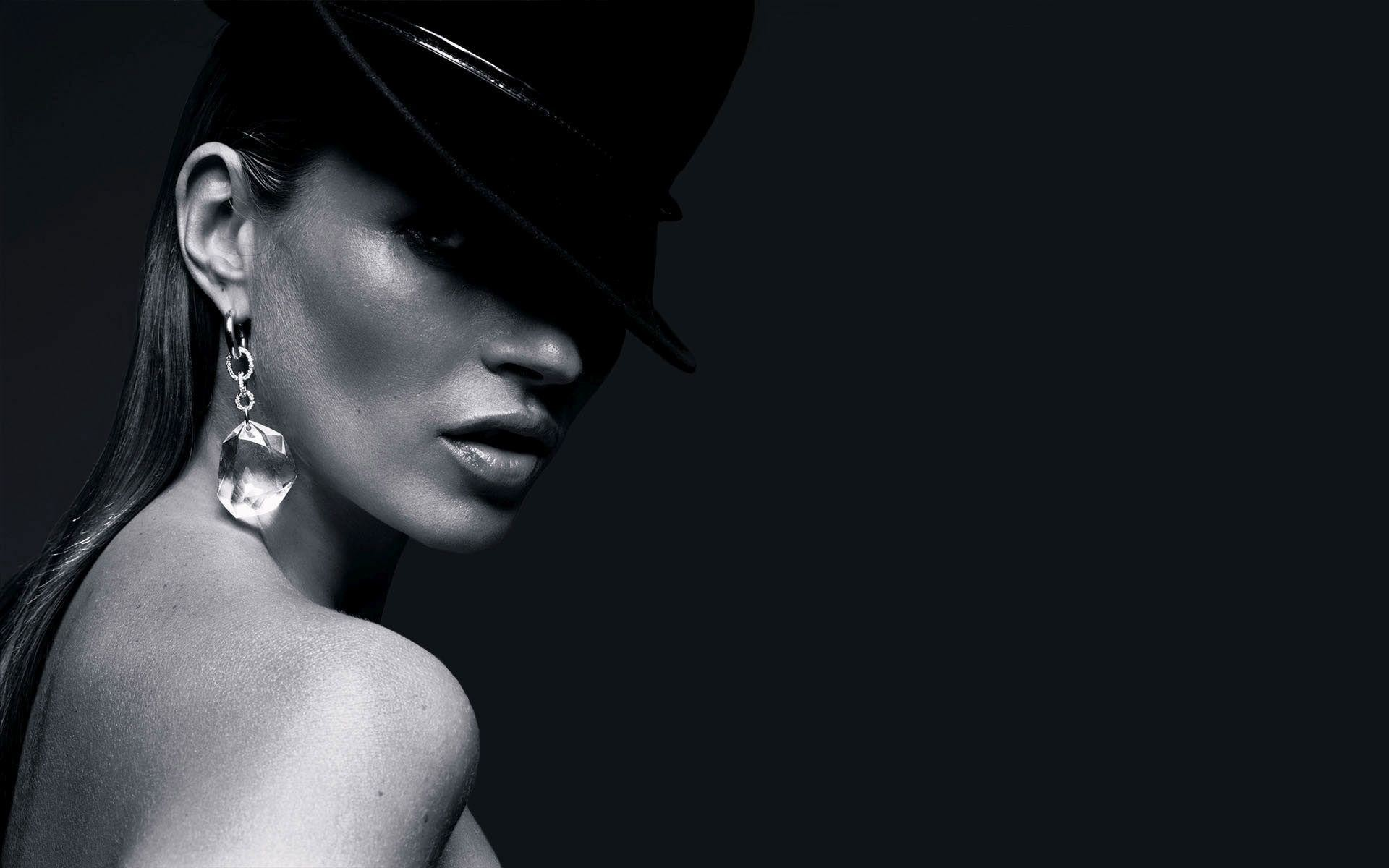 Res: 1920x1200, Kate Moss with a black hat