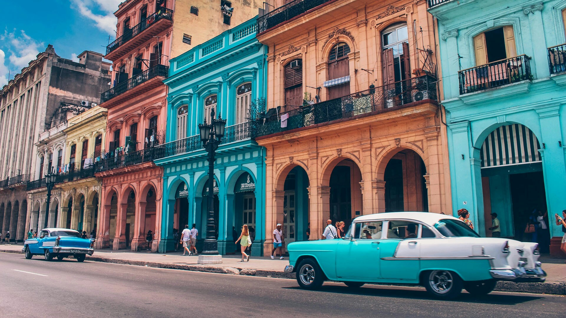 Res: 1920x1080, Colorful Havana With Vintage Cars Wallpaper | Wallpaper Studio 10 | Tens of  thousands HD and UltraHD wallpapers for Android, Windows and Xbox